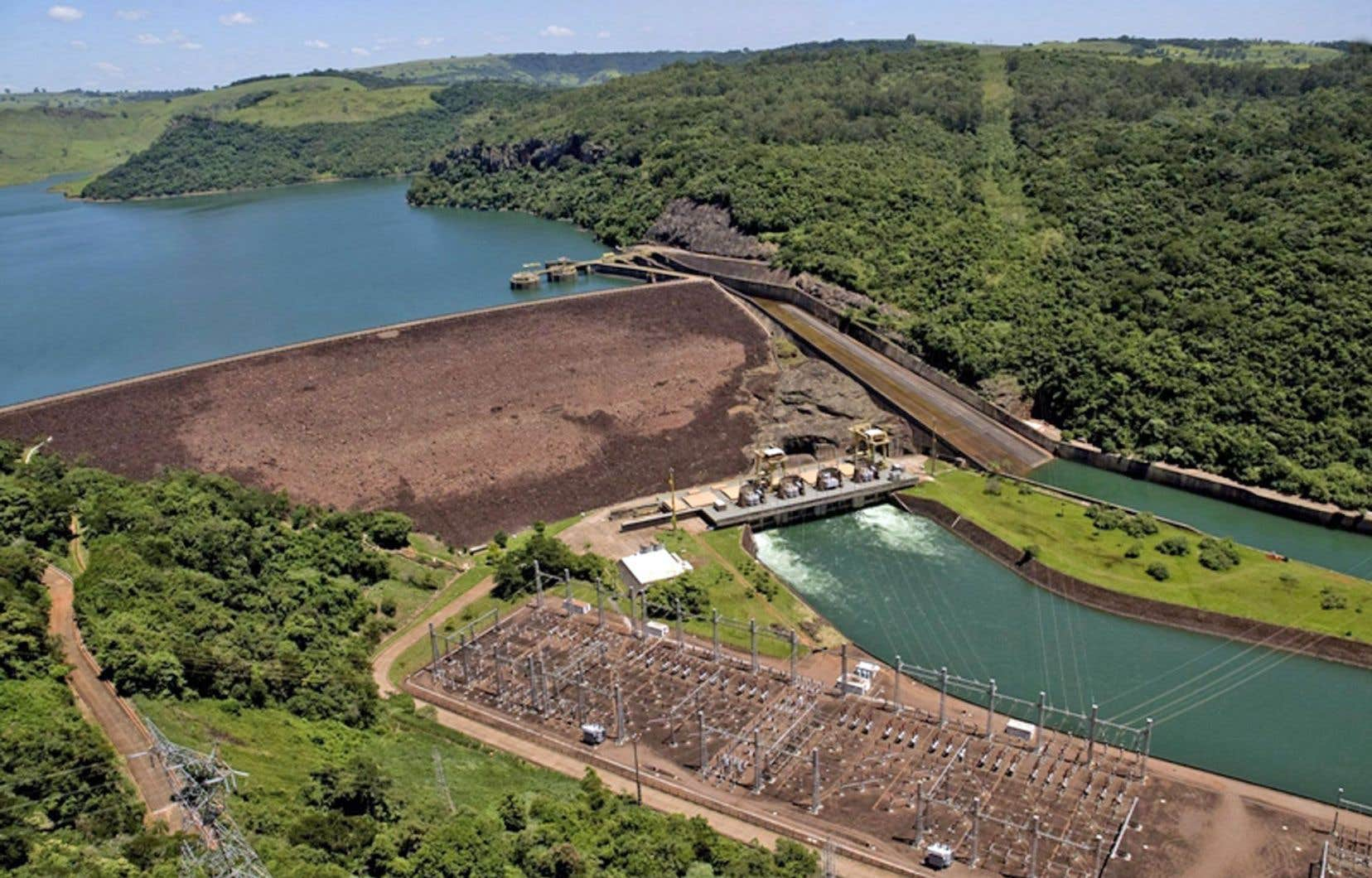 Le barrage hydroélectrique de Chavantes, au Brésil, acquis il y a quelques années par un groupe chinois