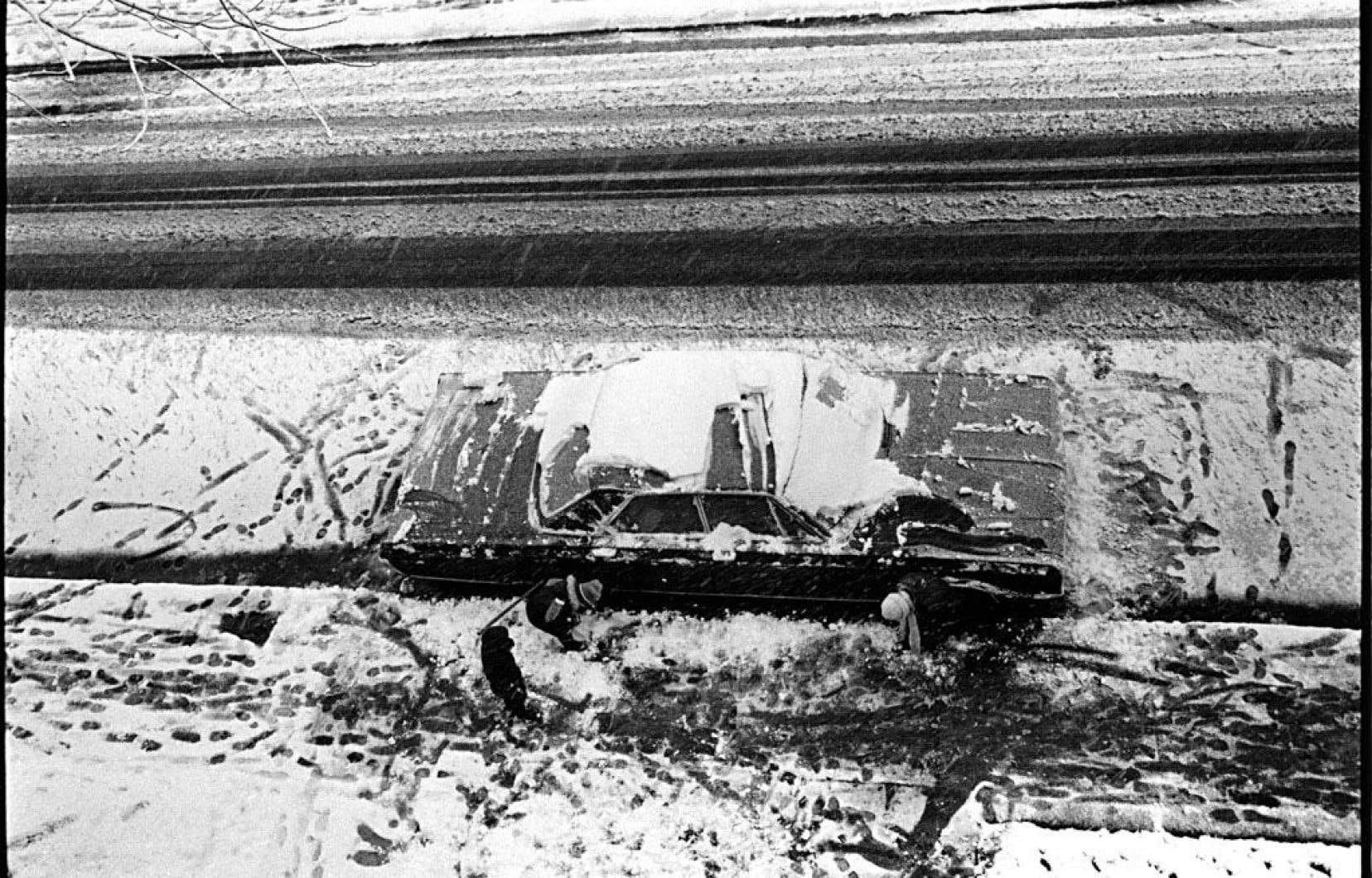 Serge Clément, «Flip», Outremont, Québec, 1975, #1978-052-05A, 1975/2015. Tirée de «cARTographier» à la galerie Simon Blais.
