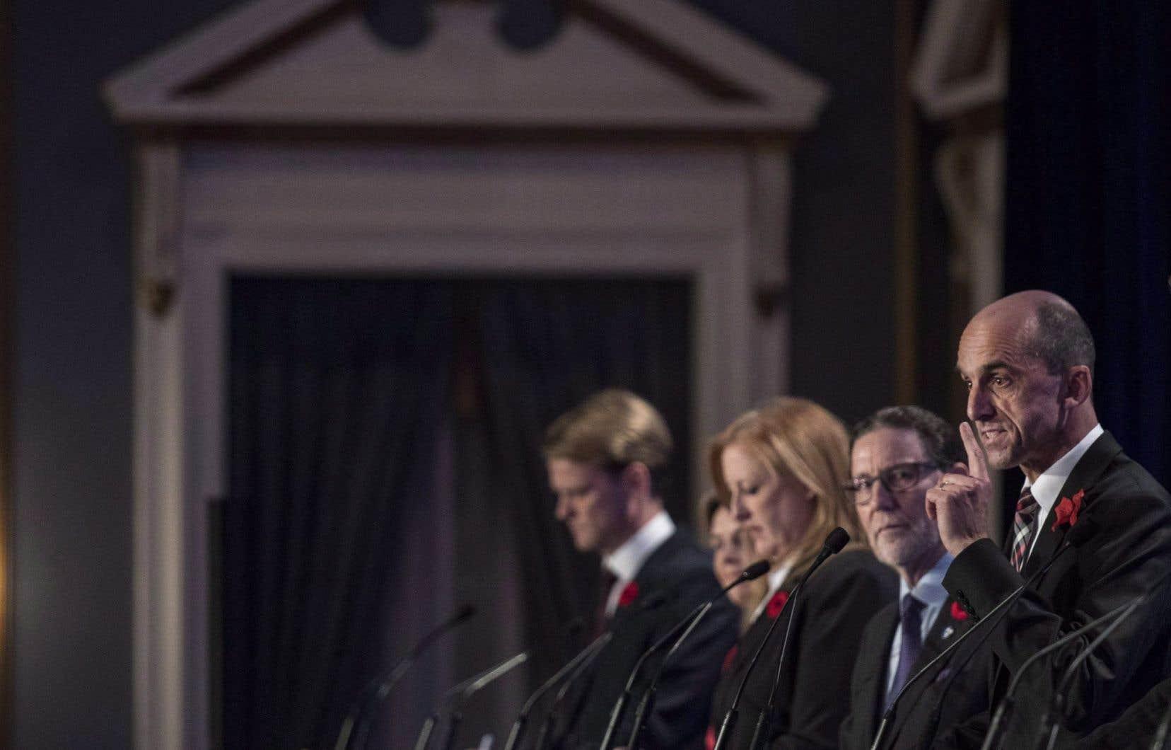 La course à la direction du parti demeurera ouverte à de nouveaux candidats jusqu'au 24février.