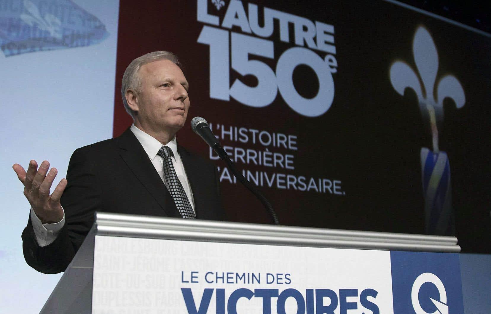 Jean-François Lisée s'engage à mettre en œuvre une politique d'achat québécois.