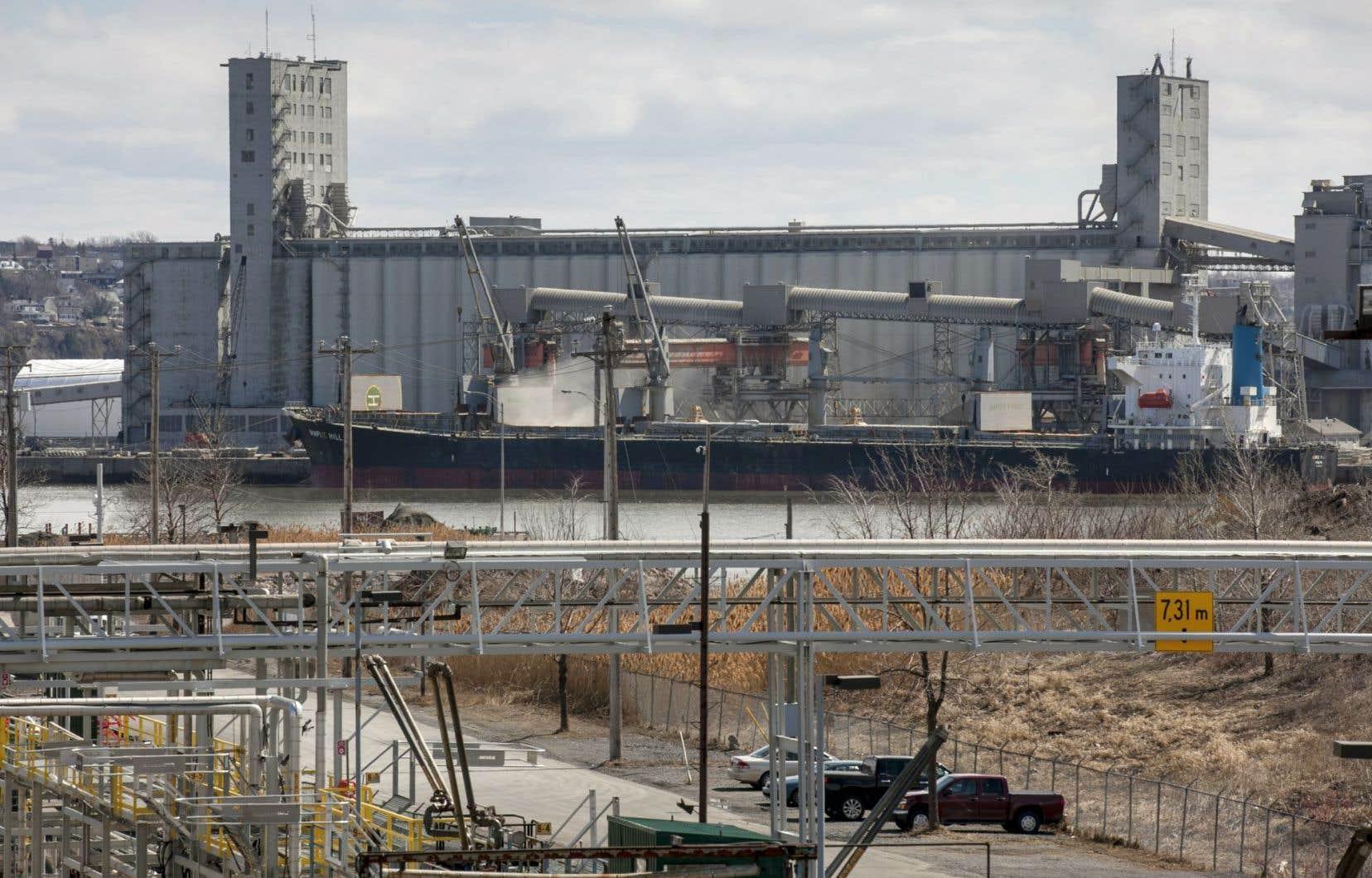 Le débat sur la pollution causé par le port de Québec est relancé par le projet d'agrandissement.