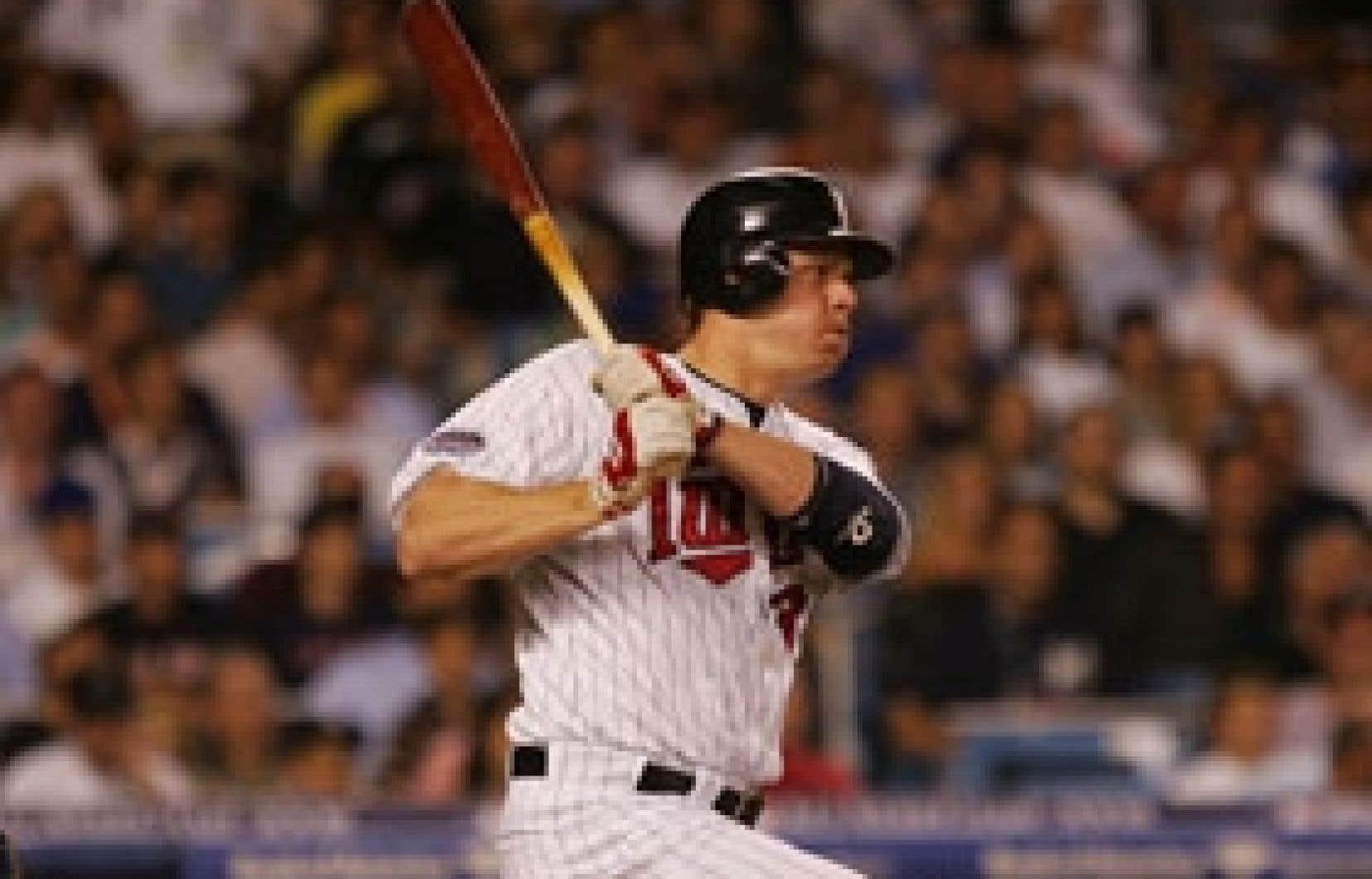 Lors du dernier match des étoiles du baseball majeur, en juillet, Justin Morneau a remporté le concours de circuits. Cette année, avec les Twins du Minnesota, Morneau est passé du rôle de frappeur de soutien à celui de premier plan.