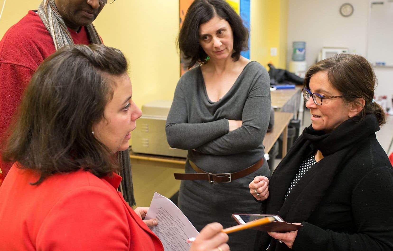 Une rencontre jeudi avant le départ pour Washington, réunissant notamment Barbara Bedont, au centre, et France Desaulniers, à droite