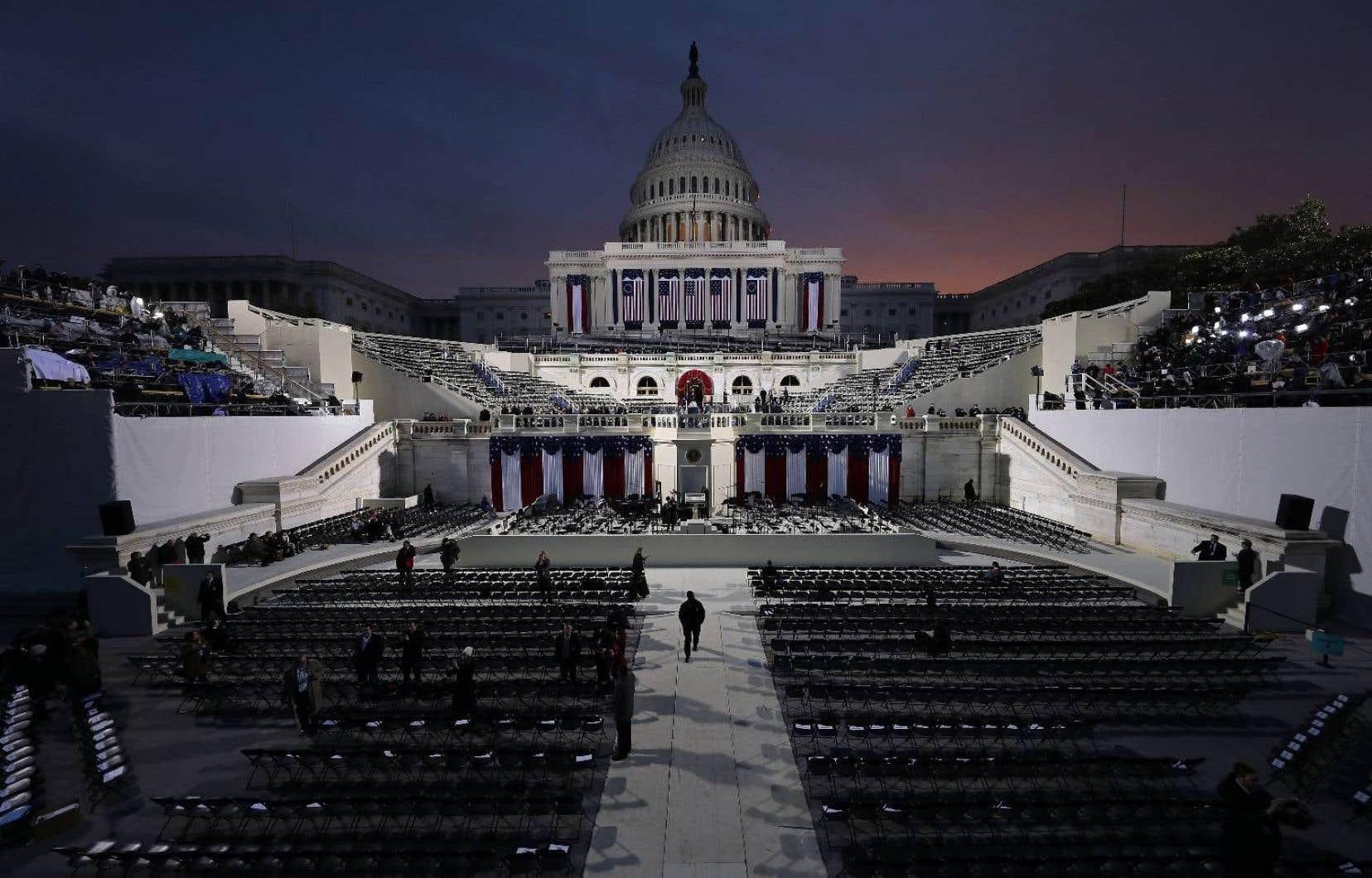 Le soleil se lève sur le Capitole, en plein cœur de Washington, D.C., quelques heures avant que Donald Trump prête serment et devienne le 45e président des États-Unis.