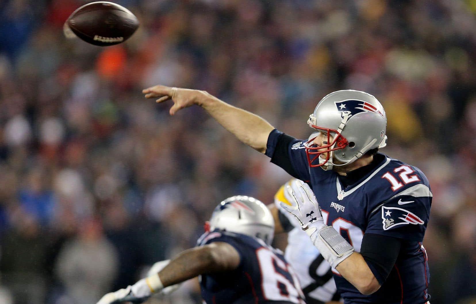 Brady montre une fiche de 5-0 à domicile contre les Steelers.