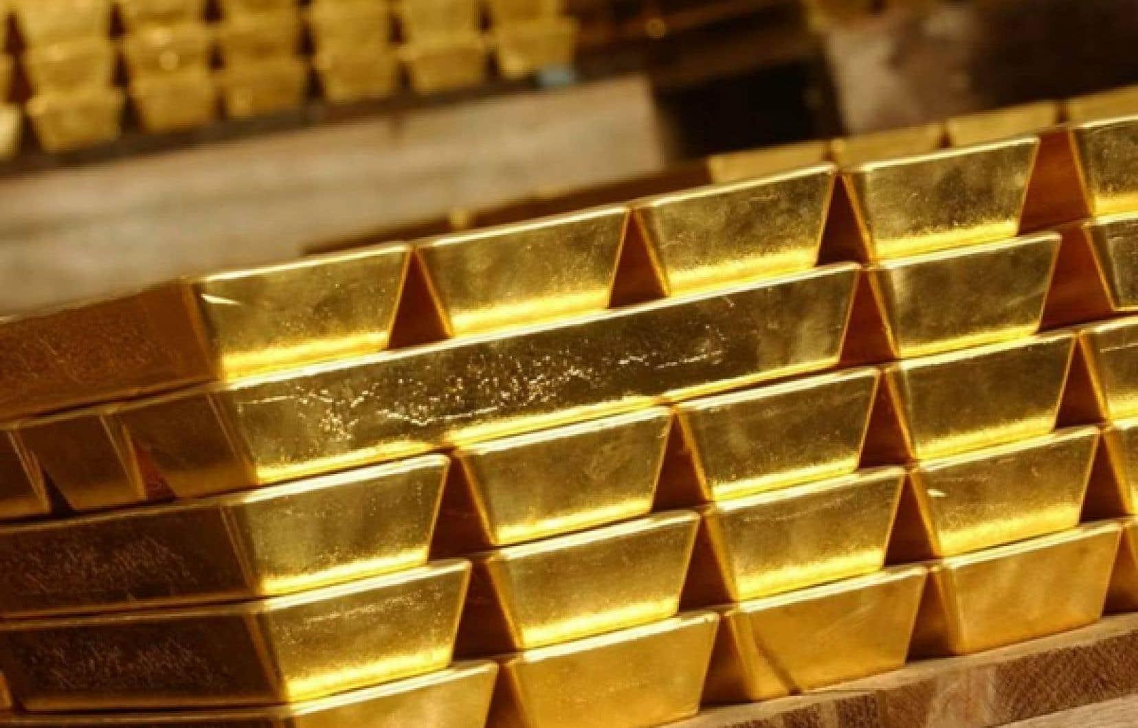 Dans le résumé du livre Imperial Canada Inc.: Legal Haven of Choice for the World's Mining Industries mis en ligne sur le site de l'éditeur Talonbooks, les auteurs partent du constat selon lequel le Canada héberge près des trois quarts des entreprises minières du monde
