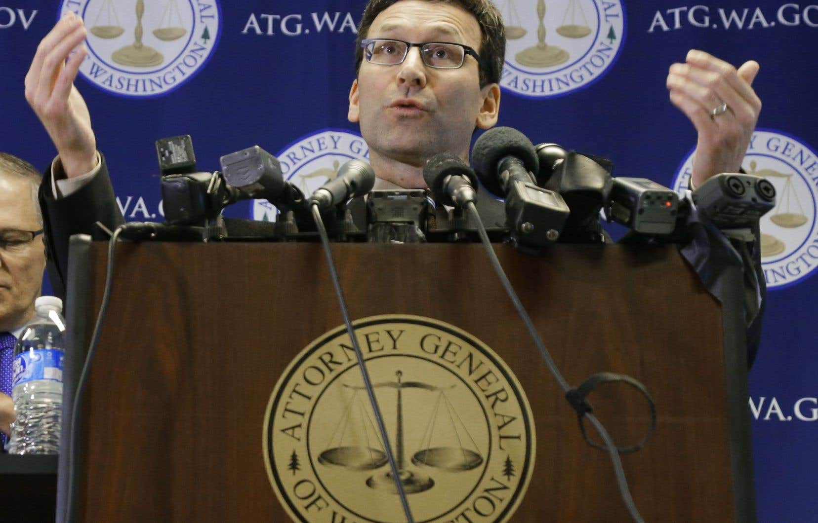 « Personne n'est au-dessus de la loi, pas même le président », a déclaré le représentant démocrate Bob Ferguson, lors d'une conférence de presse.