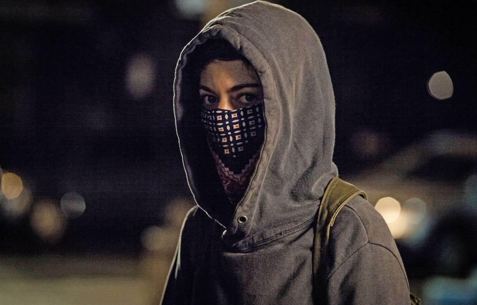 Les réalisateurs explorent la radicalisation de leurs personnages sans en faire l'apologie.