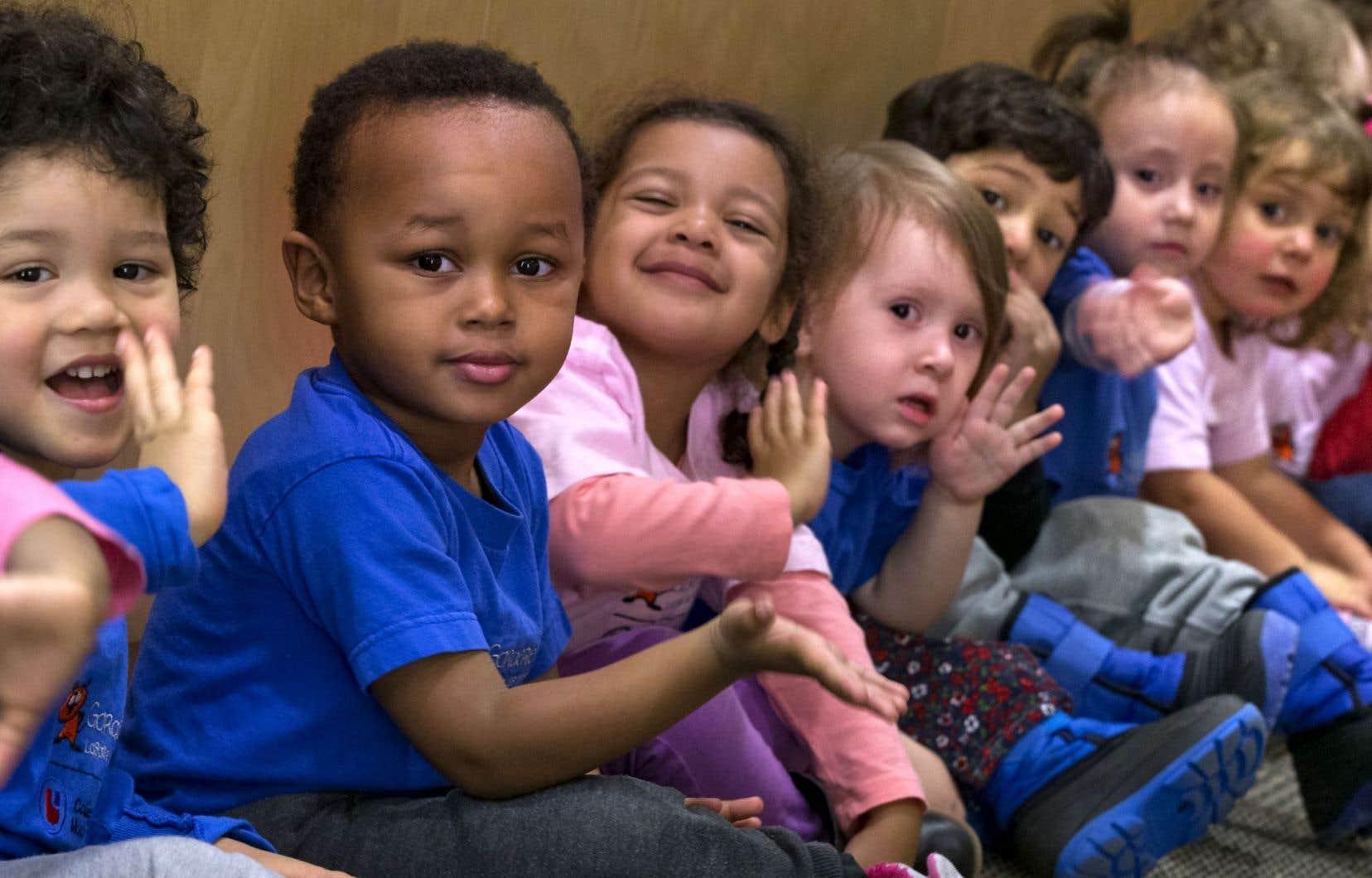 Louis Senécal, président-directeur général de l'Association des CPE, rappelle les deux grands principes fondateurs du réseau des centres de la petite enfance: la conciliation travail-famille et l'égalité des chances pour tous les enfants.