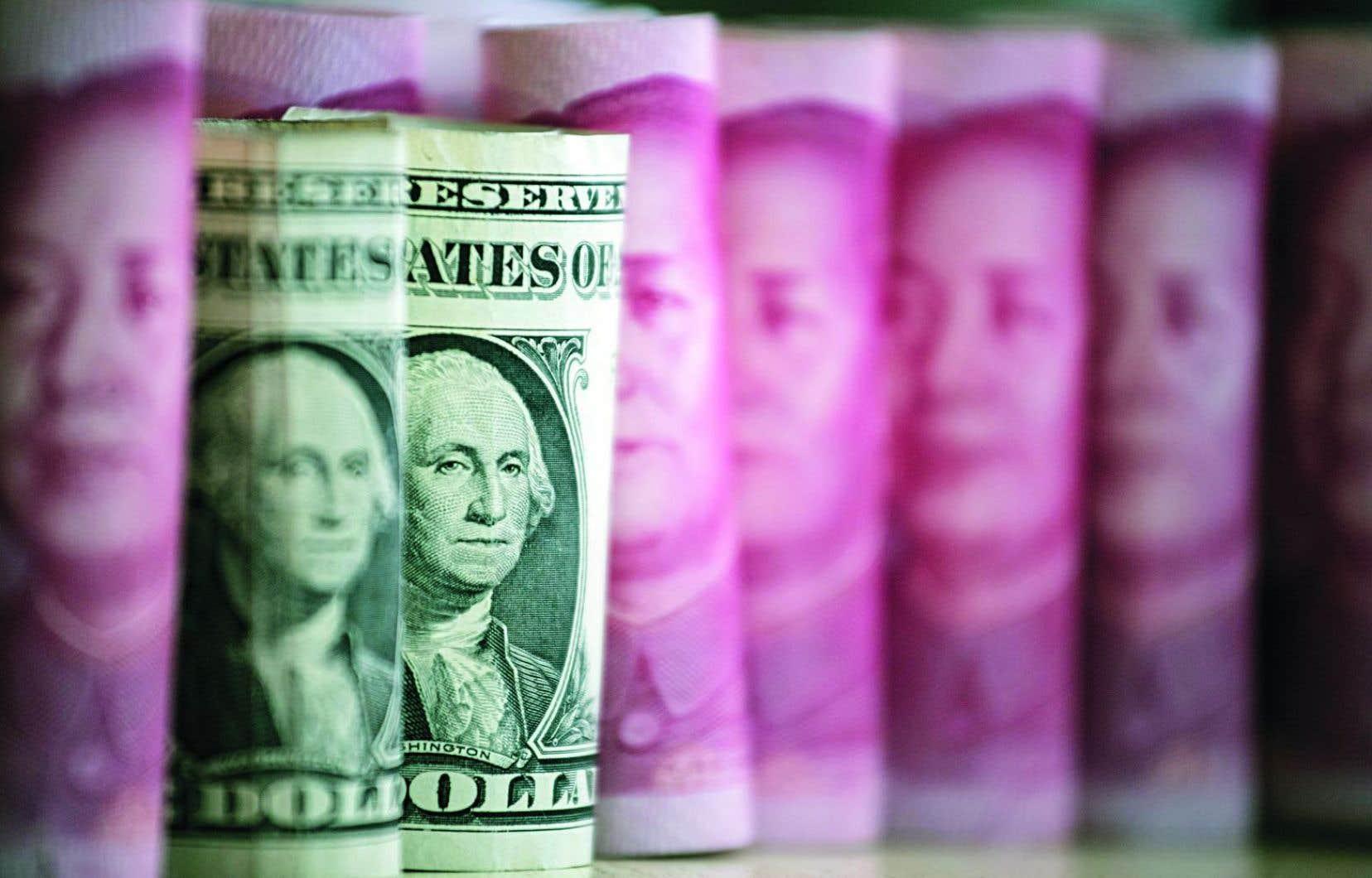 Les deux tiers des réserves monétaires de la Chine sont composés de dollars américains.