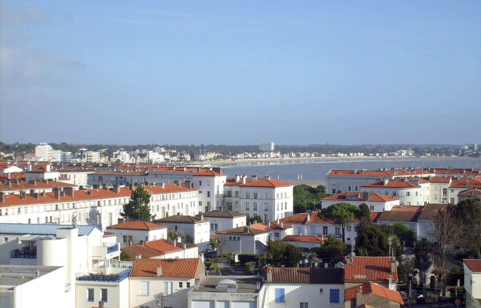 Vue sur la baie depuis une chambre d'hôtel de Royan