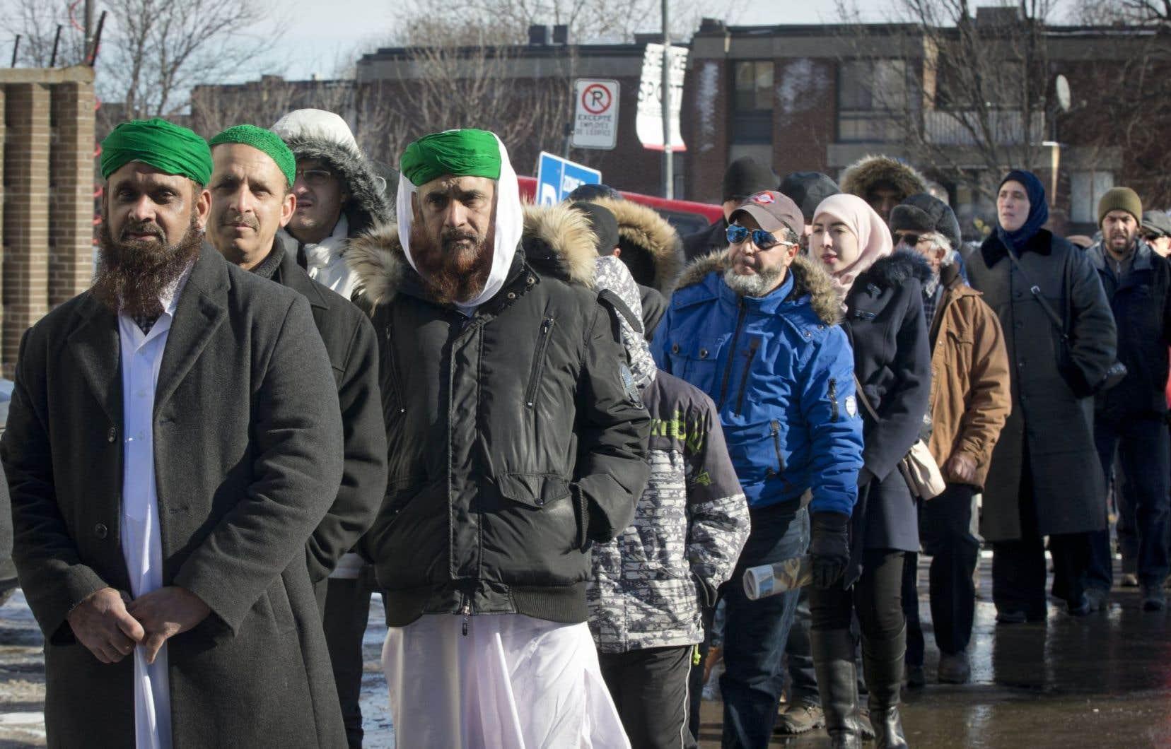 Les images sensationnalistes et stéréotypées de l'islam dans certains médias ont amplifié les insécurités identitaires dans la société québécoise.