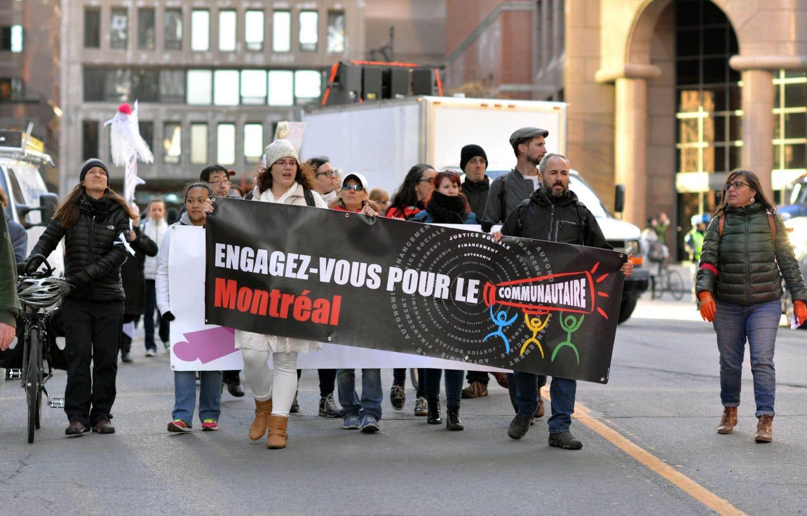 Manifestation à Montréal pour un meilleur financement des organismes communautaires