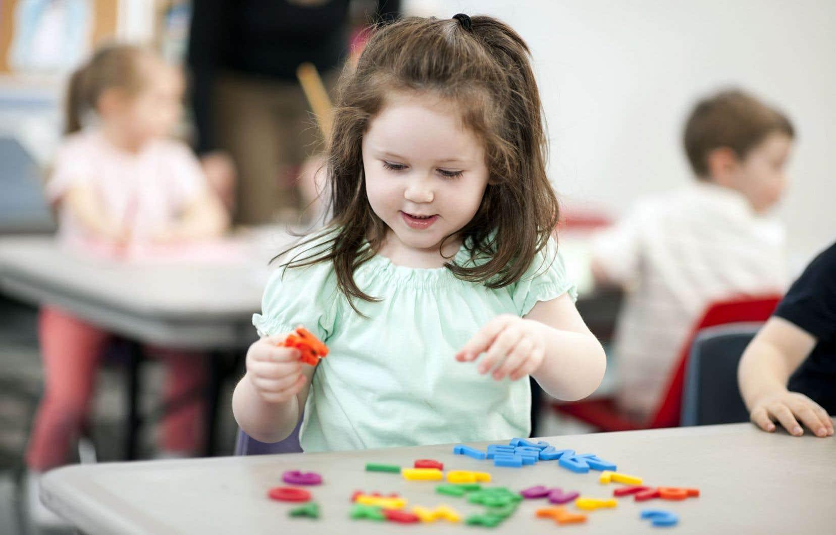 «Il est essentiel que le prochain Programme de formation de l'école québécoise pour la maternelle 4ans comporte comme objet d'apprentissage la connaissance de lettres, l'un des plus importants facteurs de succès pour la réussite de l'apprentissage de la lecture», souligne MmeBrodeur.