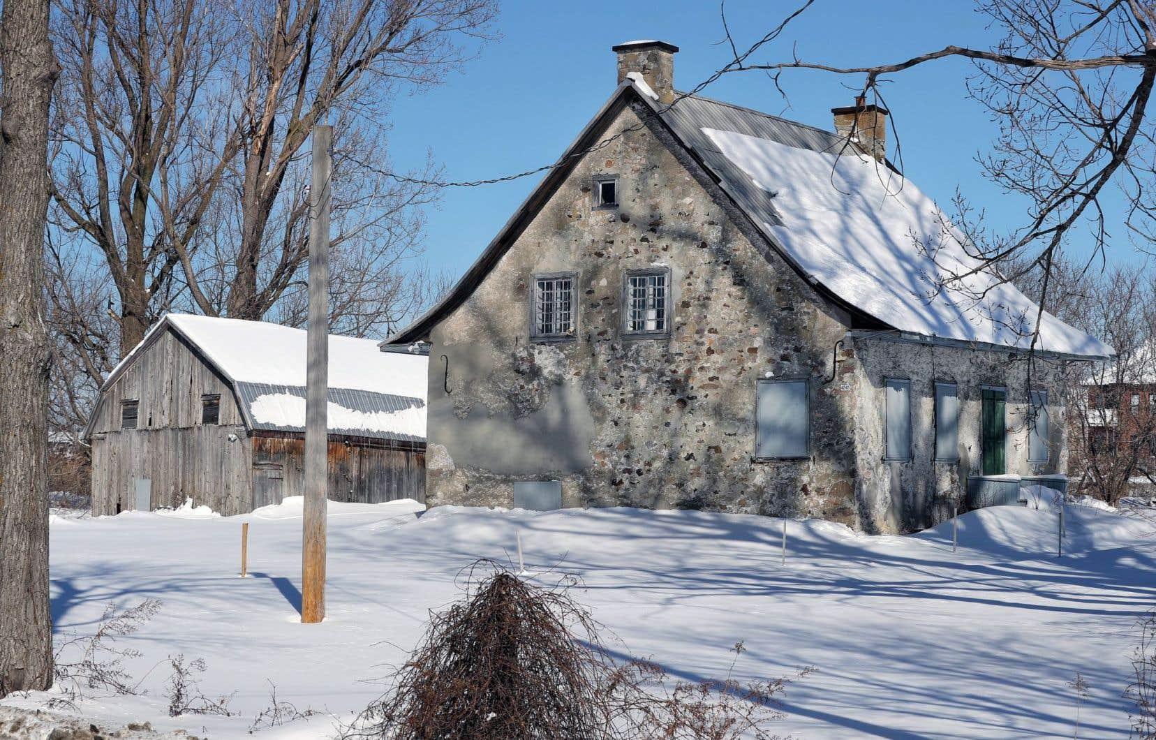 Le propriétaire de la demeure est le DrRobert Brossard, un radiologiste qui habite au Nevada.