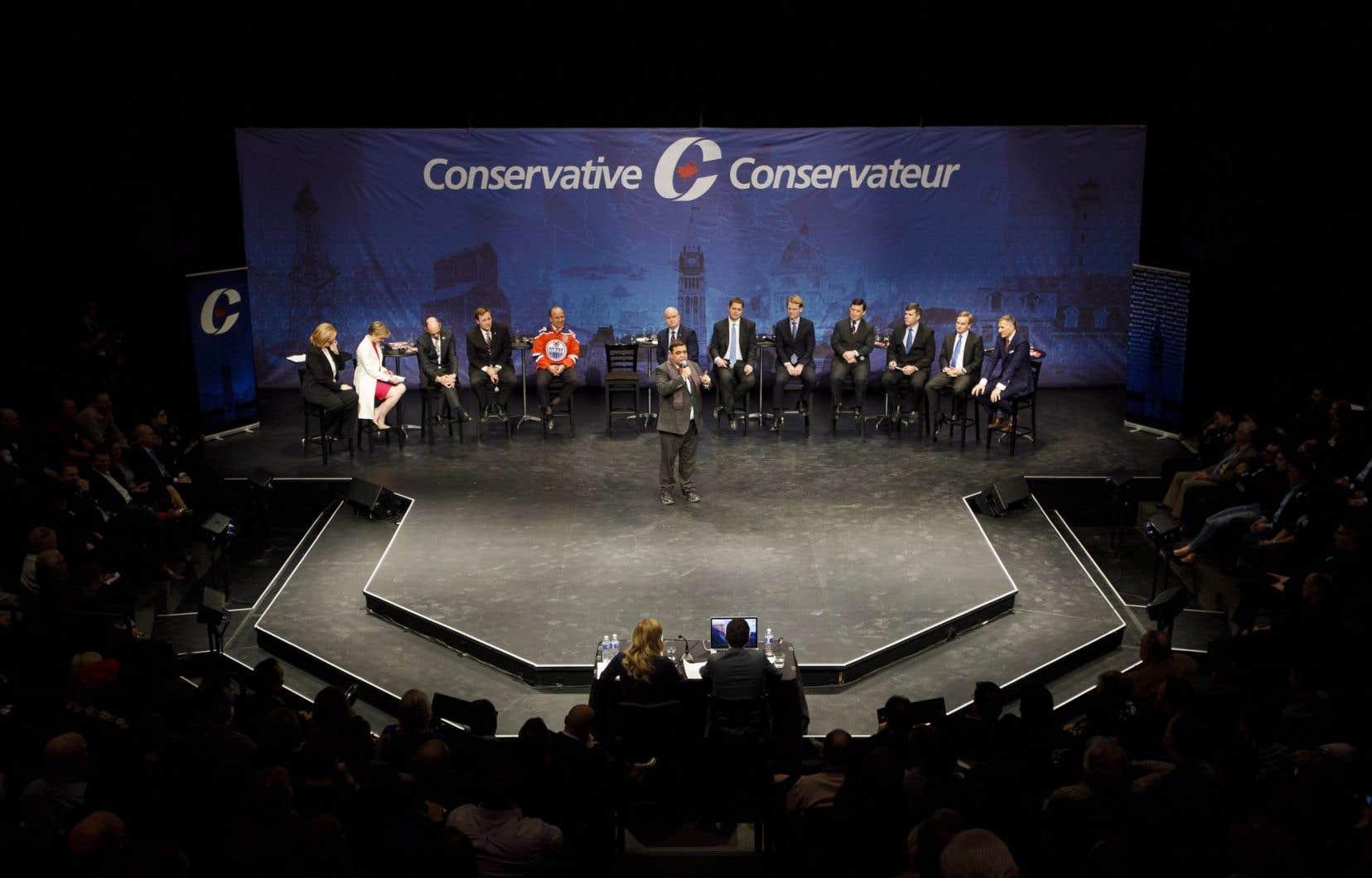 Le parti tiendra plus tard un dernier débat, lui aussi bilingue, à Toronto.