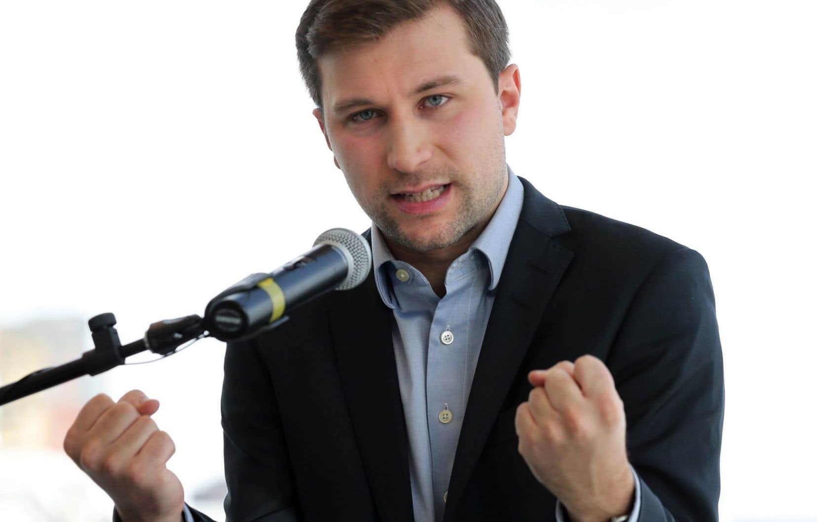 Gabriel Nadeau-Dubois souhaite devenir également co-porte-parole du parti.