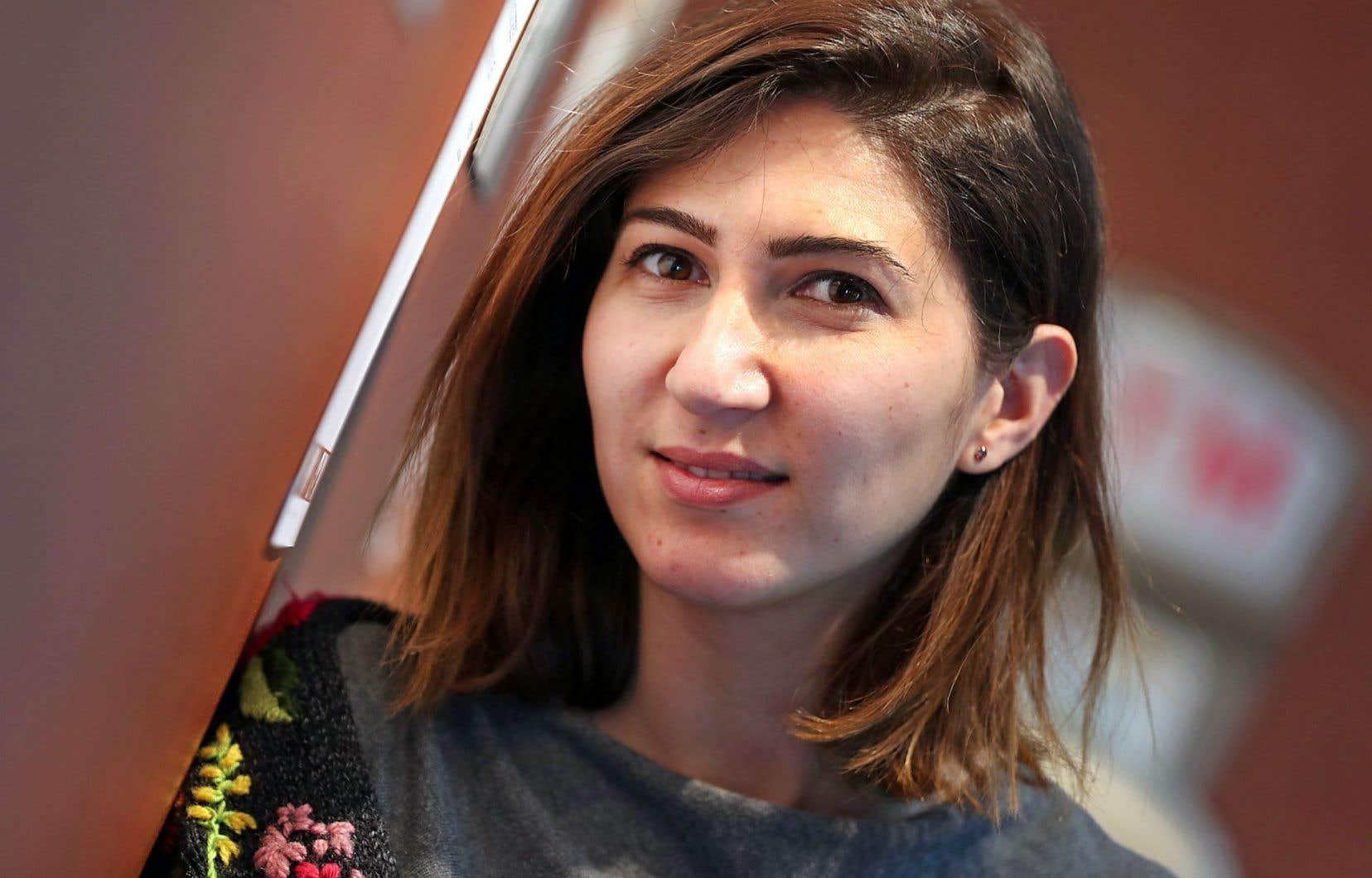 Rand Sukhaita vit aujourd'hui en Turquie, et c'est de ce pays qu'elle dirige une ONG syrienne qui vient en aide aux femmes et aux hommes de son pays d'origine.
