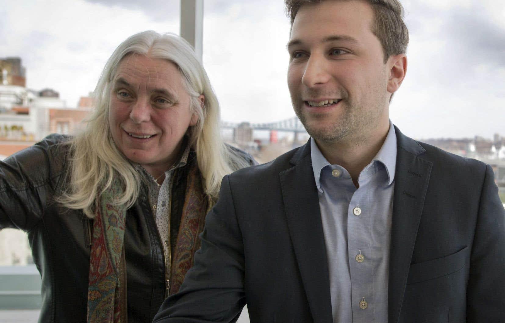 Les prétendants aux titres de co-porte-parole de Québec Solidaire, Manon Massé (à gauche), Gabriel Nadeau-Dubois (à droite) et Sylvain Lafrenière, ne sont pas assujettis à la Loi électorale.