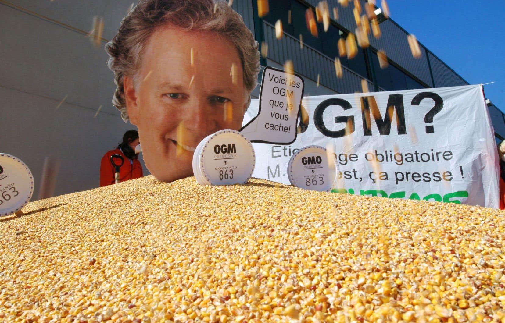 «Lors de l'élection de Jean Charest, en 2003, celui-ci avait promis l'étiquetage obligatoire des OGM mais, depuis ce temps, on attend toujours», résume Thibault Rehn, coordinateur de Vigilance OGM.