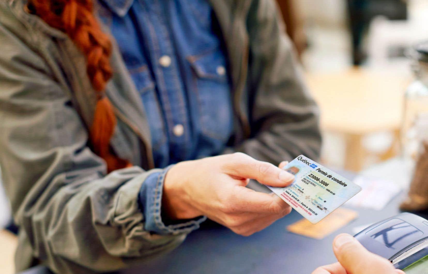 Le permis de conduire québécois a déjà fait l'objet de changements à l'automne 2015, afin de le rendre plus difficile à reproduire.