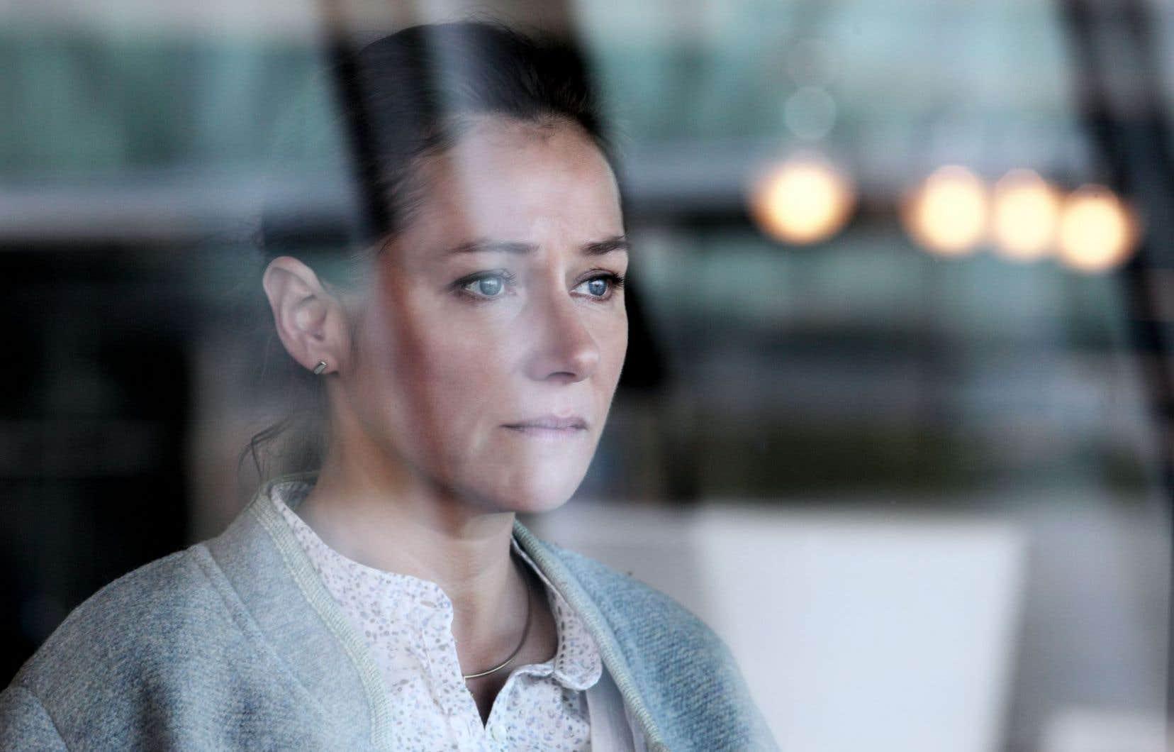 La vedette de la série «Borgen», Sidse Babett Knudsen, incarne une pneumologue qui s'est battue pour faire interdire un antidiabétique ayant causé la mort de plusieurs patients.