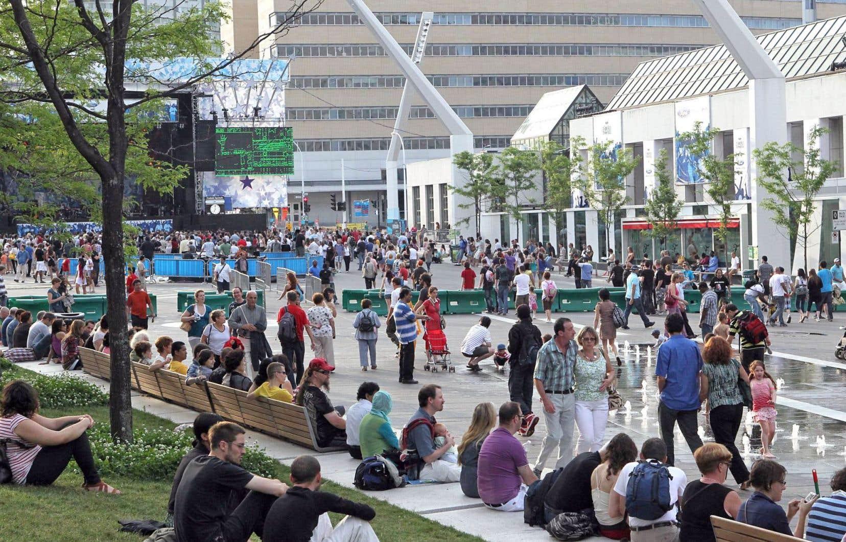 L'offre culturelle abondante a contribué à positionner Montréal comme une grande métropole culturelle. Elle est reconnue pour ses effets spéciaux, son cirque, son théâtre jeunesse, ses grands festivals.