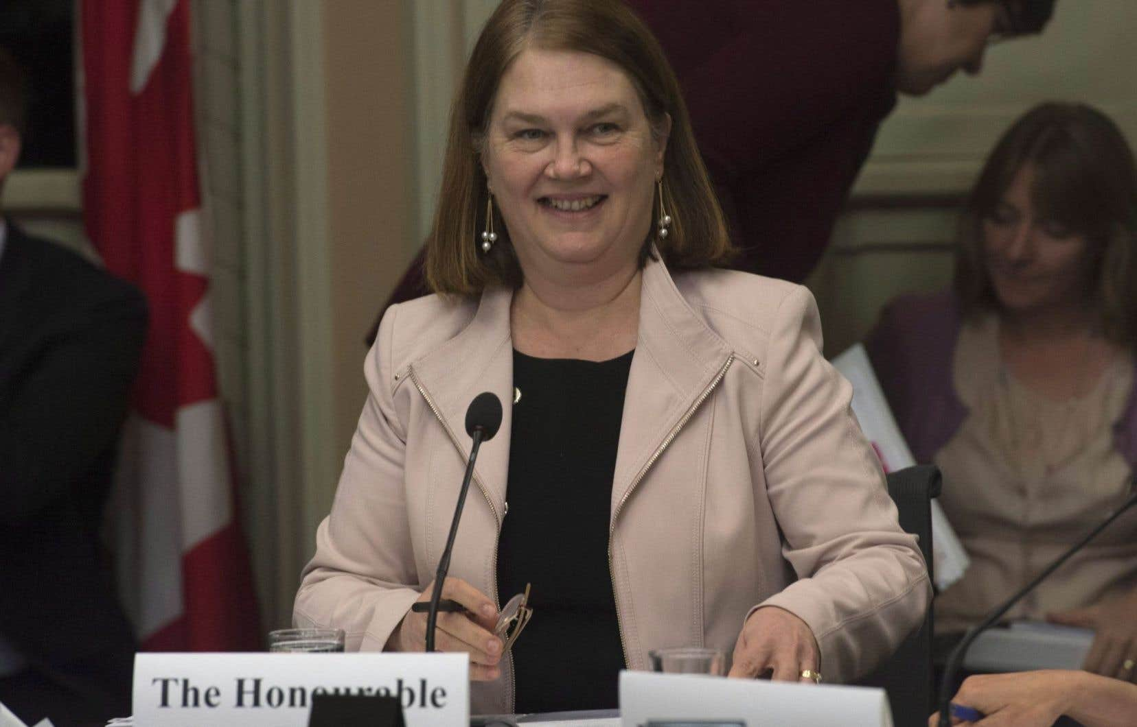 La ministre fédérale de la Santé, Jane Philpott, devant le comité permanent des affaires juridiques et constitutionnelles mercredi soir