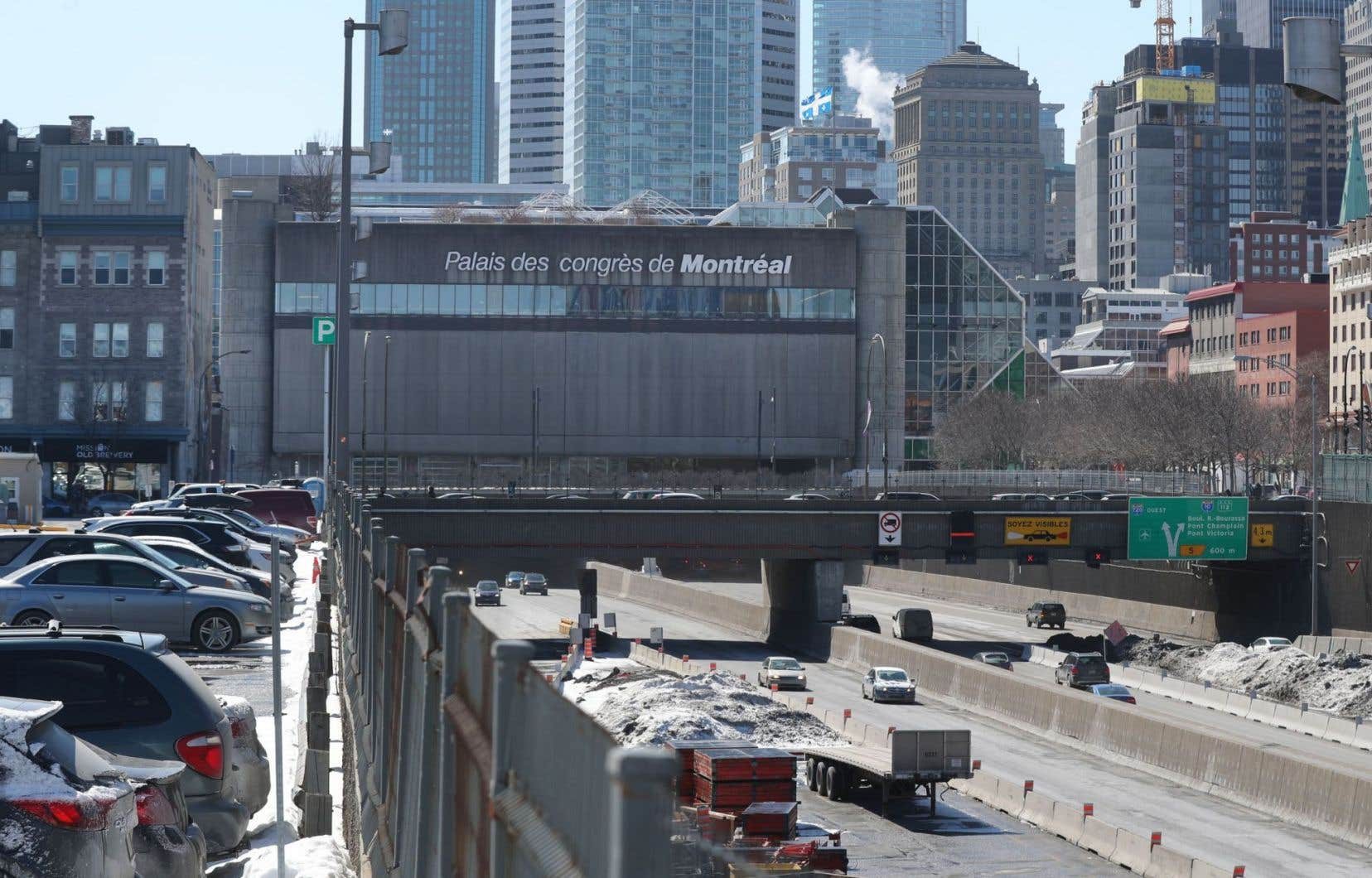 """«Le concept de """"vieux Montréal"""" est très contemporain, avec sa frontière bien définie. En réalité, il y a des bâtiments à l'extérieur de ce périmètre qui sont tout aussi vieux et qui font partie, au fond, de ce qu'on appelle le Vieux-Montréal», explique l'architecte Jean Laberge."""