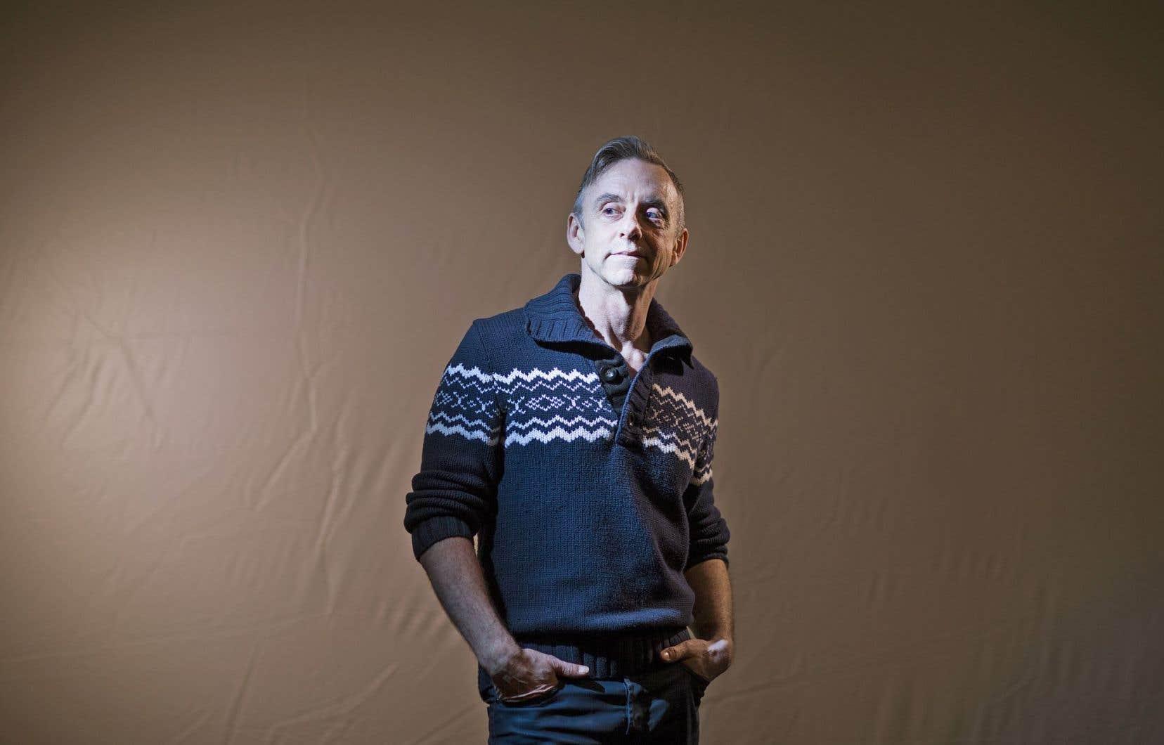 À 61ans, le chorégraphe émérite Sylvain Émard ose un retour en solo avec «Le chant des sirènes», une nouvelle création.
