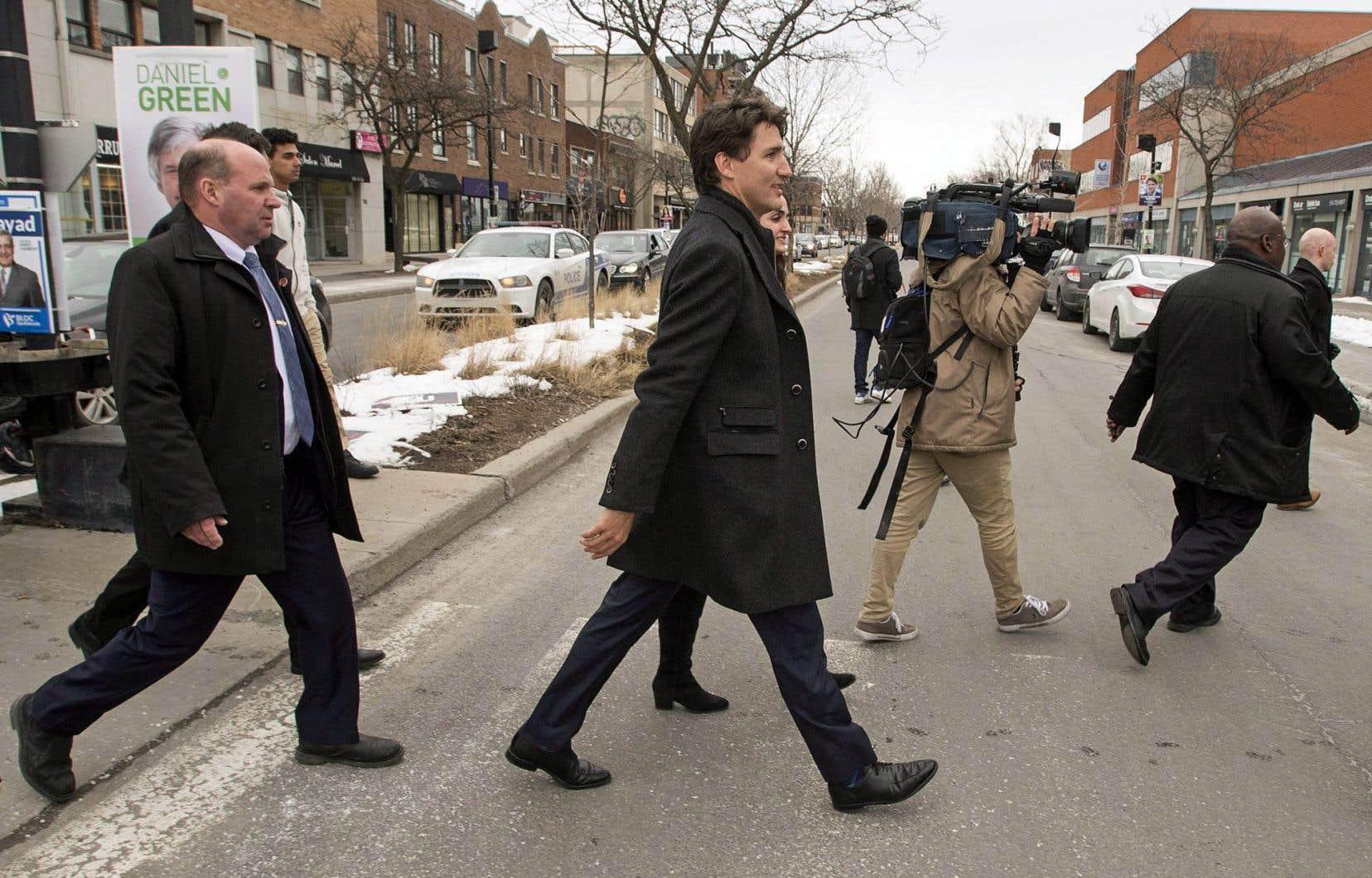Justin Trudeau est venu prêter main-forte à la candidate Emmanuella Lambropoulos ces derniers jours dans la circonscription de Saint-Laurent.