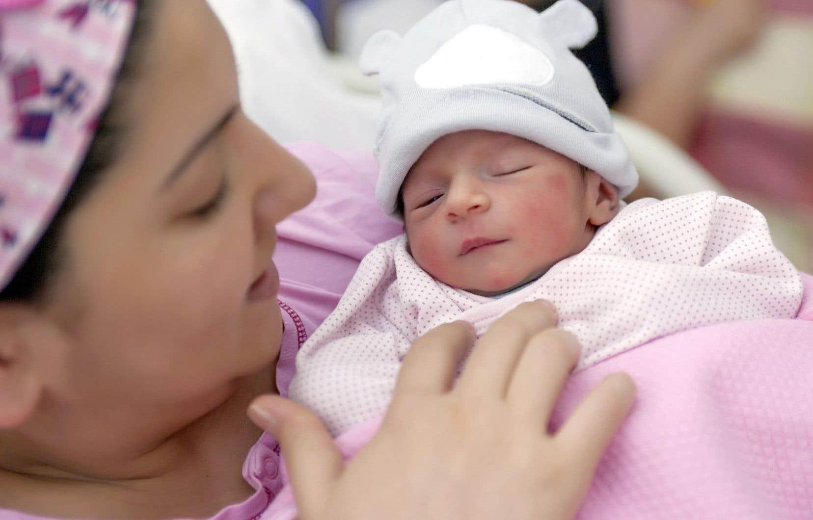 Les femmes enceintes sont en principe soumises à un test de dépistage en début de grossesse; ce sont des «failles potentielles» qui ont mené à la naissance de trois nouveau-nés atteints de syphilis en 2016.
