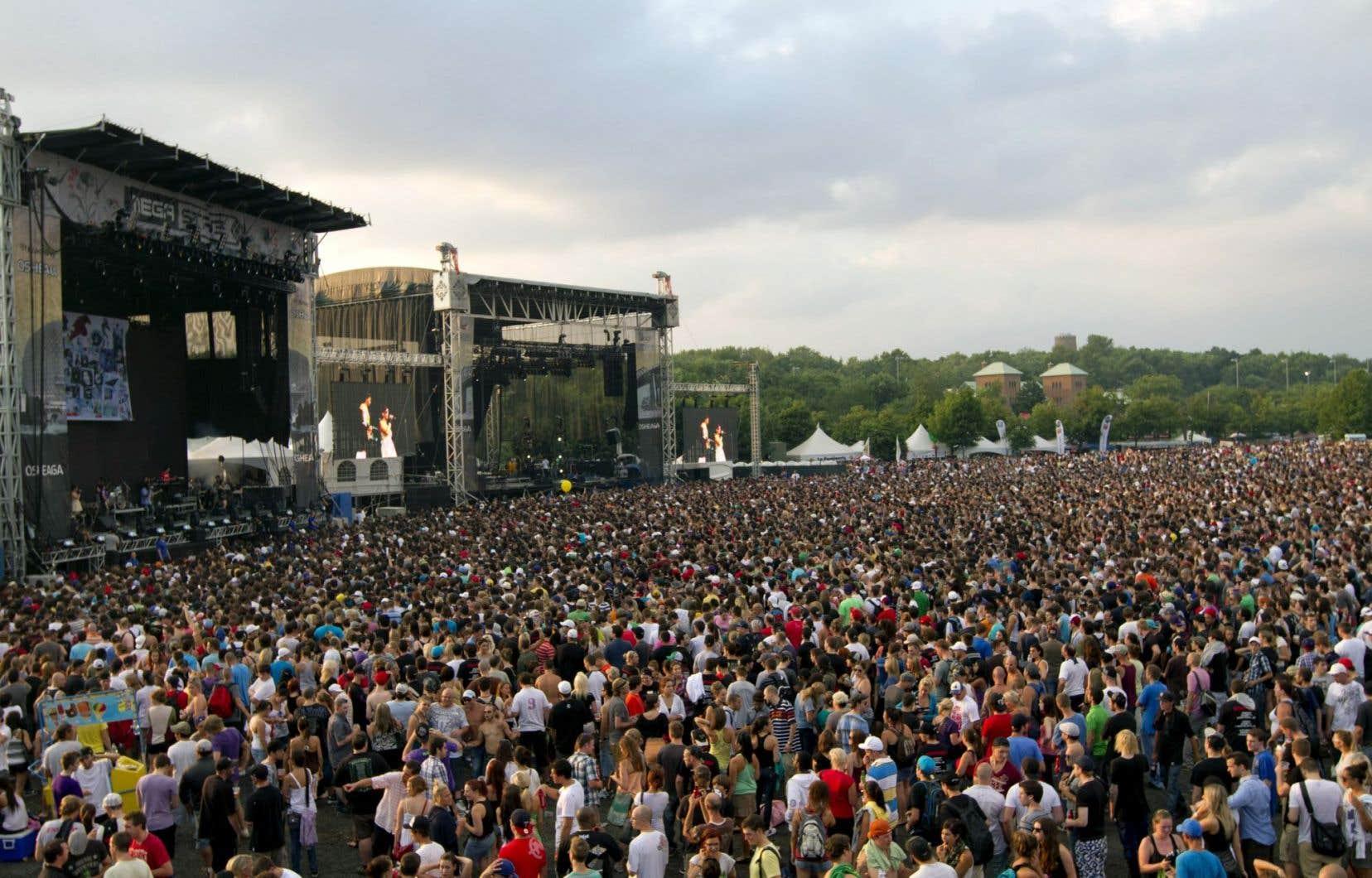 Vue d'un spectacle du rappeur Eminem au festival Osheaga, au parc Jean-Drapeau en 2011