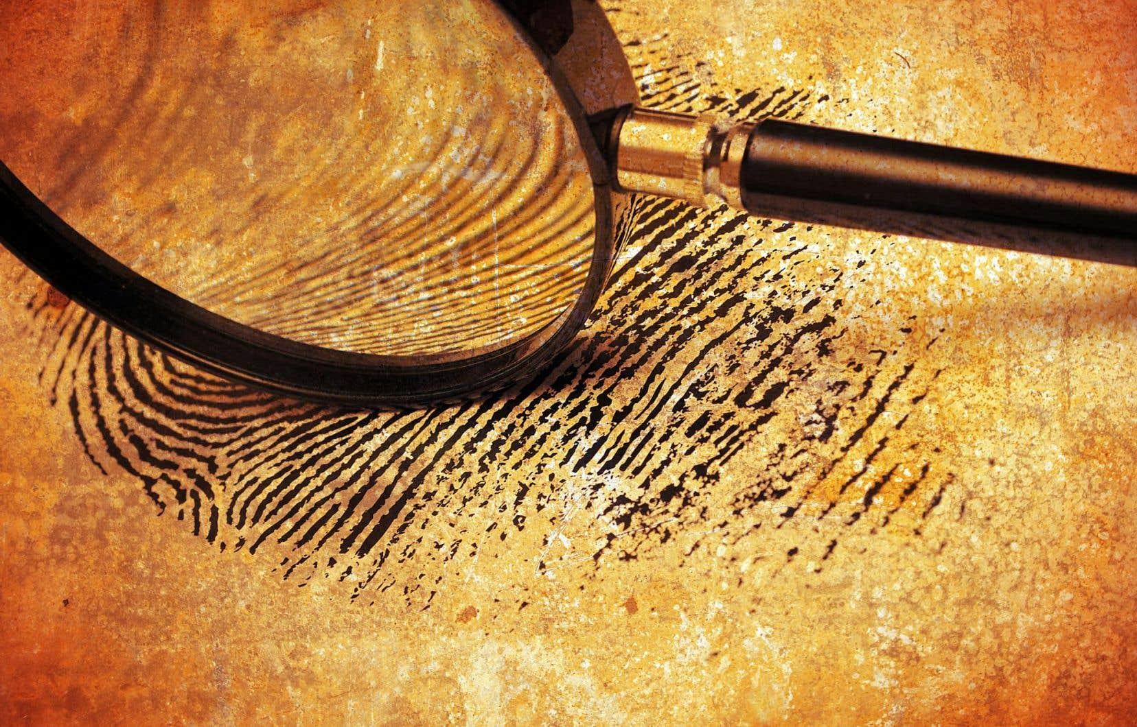 «Spontanément, les gens pensent aux empreintes digitales ou à l'analyse de l'ADN, avance François-Nicolas Pelletier, responsable des contenus scientifiques. Mais il y a une foule d'autres disciplines scientifiques, dont la botanique judiciaire, la toxicologie et l'entomologie, qui permettent aux enquêteurs de tirer des conclusions.»