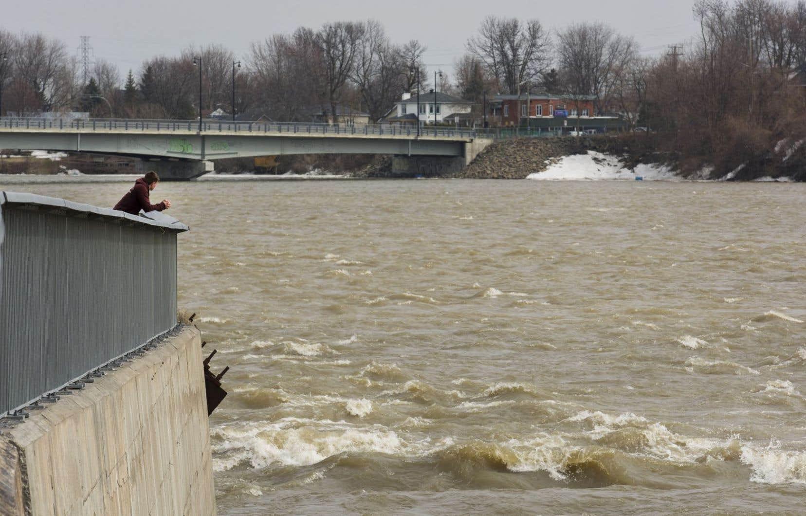 La rivière des Mille Îles, vue de Laval