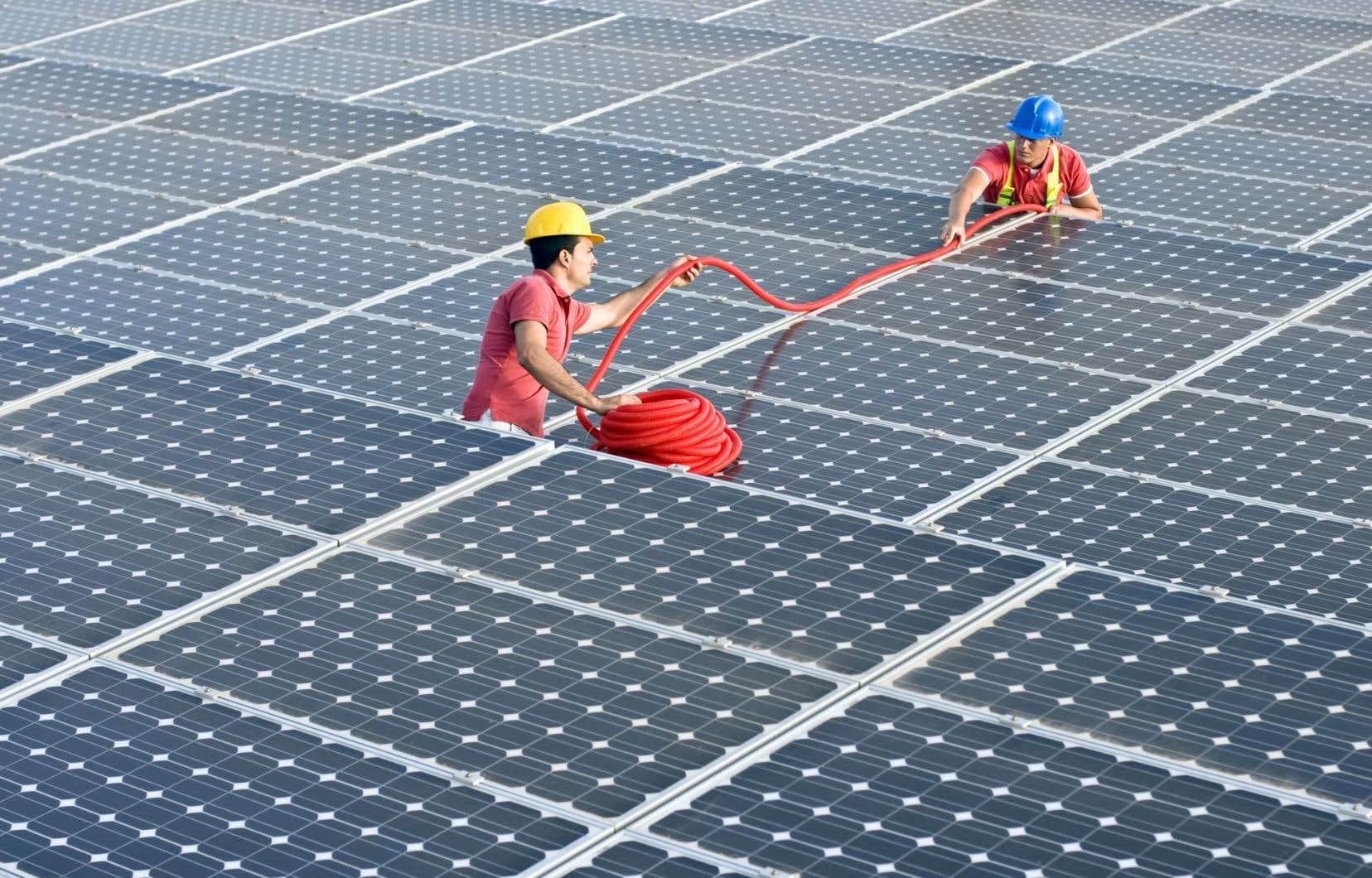 Deux seuls pays ont jusqu'ici émis des obligations associées à la lutte contre les changements climatiques, soit la France et la Pologne.