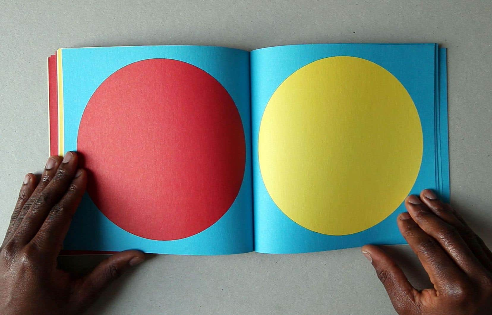 Sol LeWitt, vue du livre d'artiste «Geometric Figures Color» (1979)