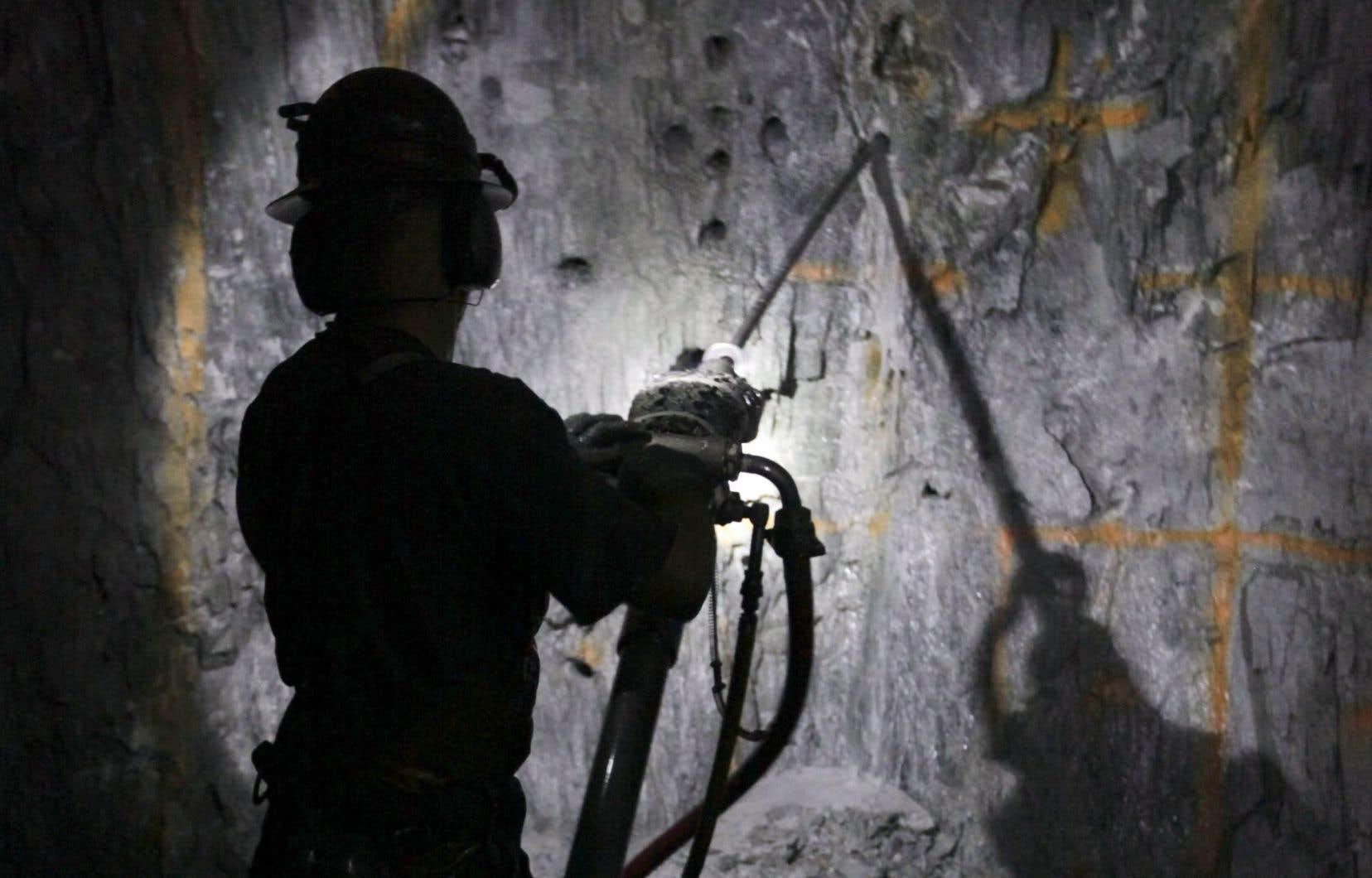 Le tribunal a penché en faveur des deux mécaniciens de 30ans d'expérience, qui travaillaient dans une mine.