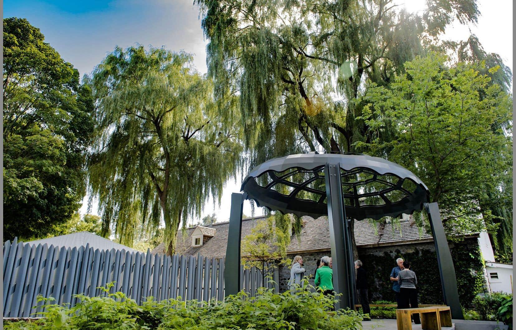 Le nouveau Jardin des origines est un espace vert aménagé au cœur de la Maison Saint-Gabriel pour rendre hommage aux femmes des Premières Nations.