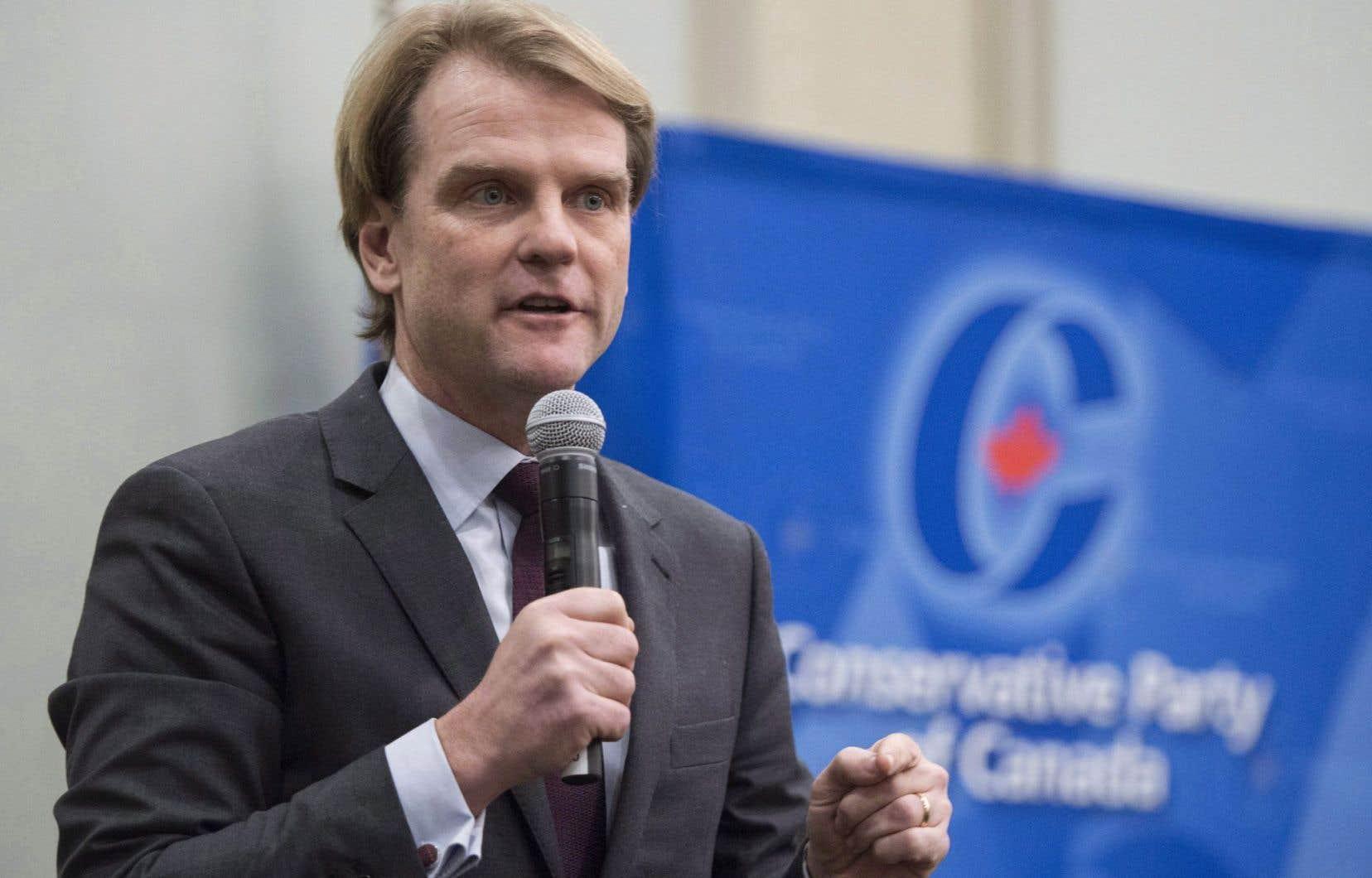 S'il devient chef du Parti conservateur, Chris Alexander créerait une institution fédérale chargée de faire la promotion du français dans plusieurs sphères de la société.