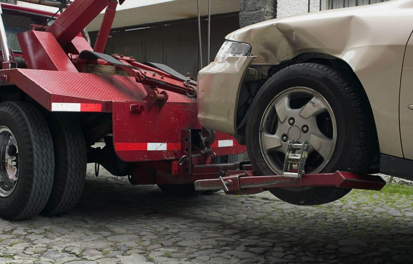 Le crime organisé aurait graduellement pris le contrôle de certains secteurs du remorquage, dont celui des véhicules accidentés.