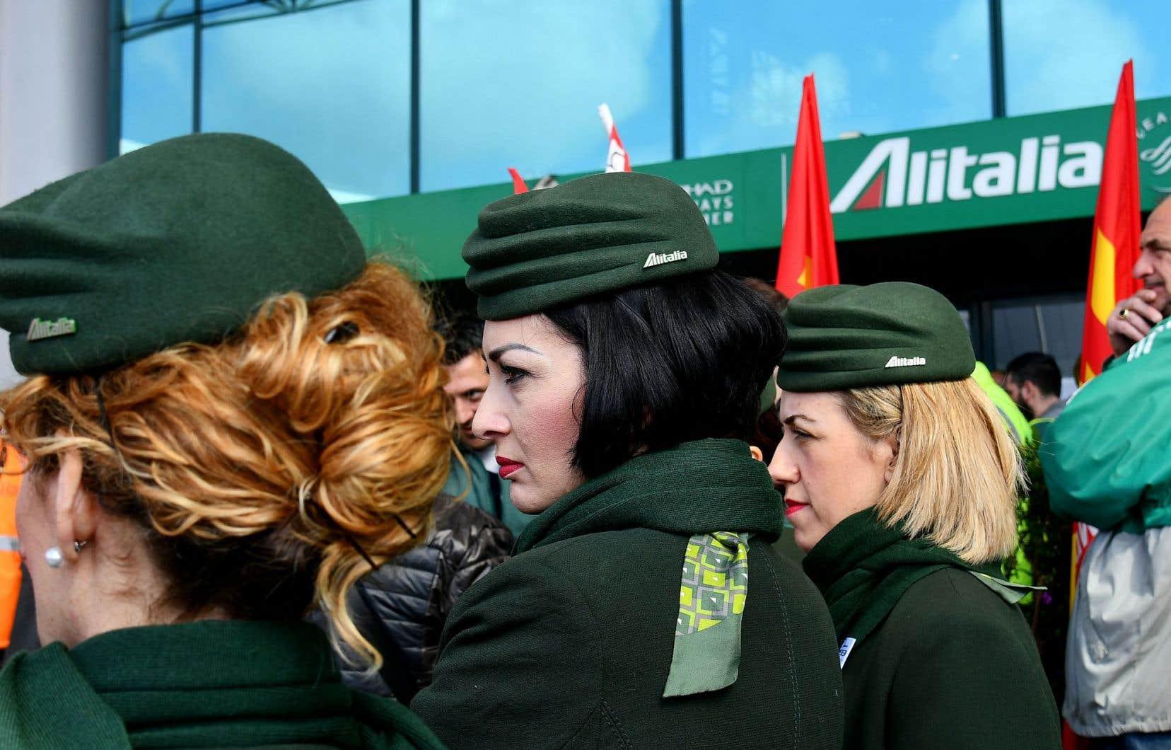 En mars dernier, les employés d'Alitalia ont manifesté à l'aéroport de Rome.