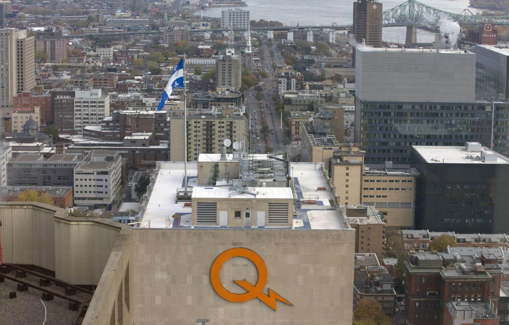 Hydro-Québec compte 3300 employés de moins qu'en 2007, alors qu'elle a 346 000 clients de plus.