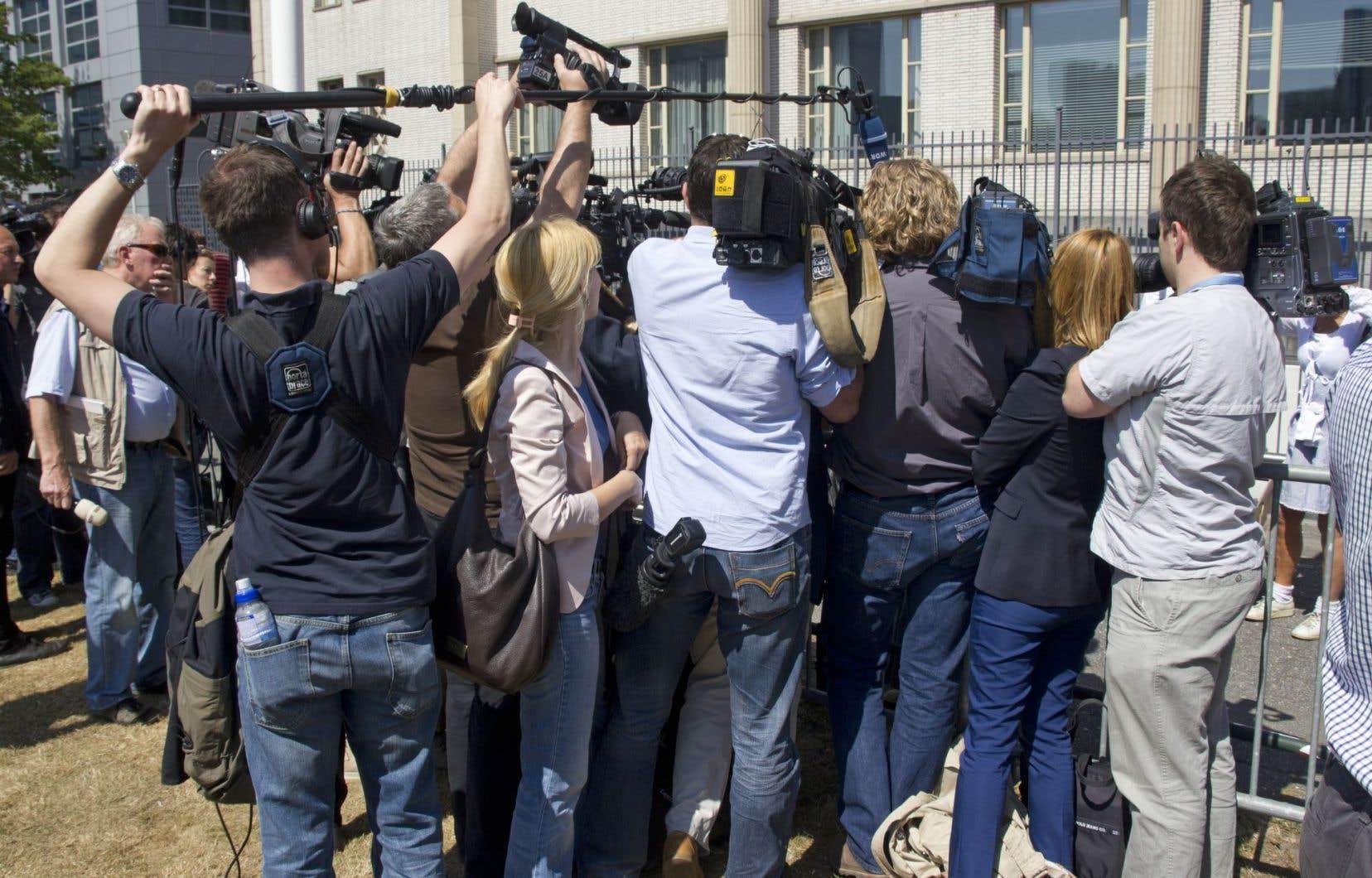 Le Canada a reculé à la 20e position en raison de la surveillance de journalistes par la police.