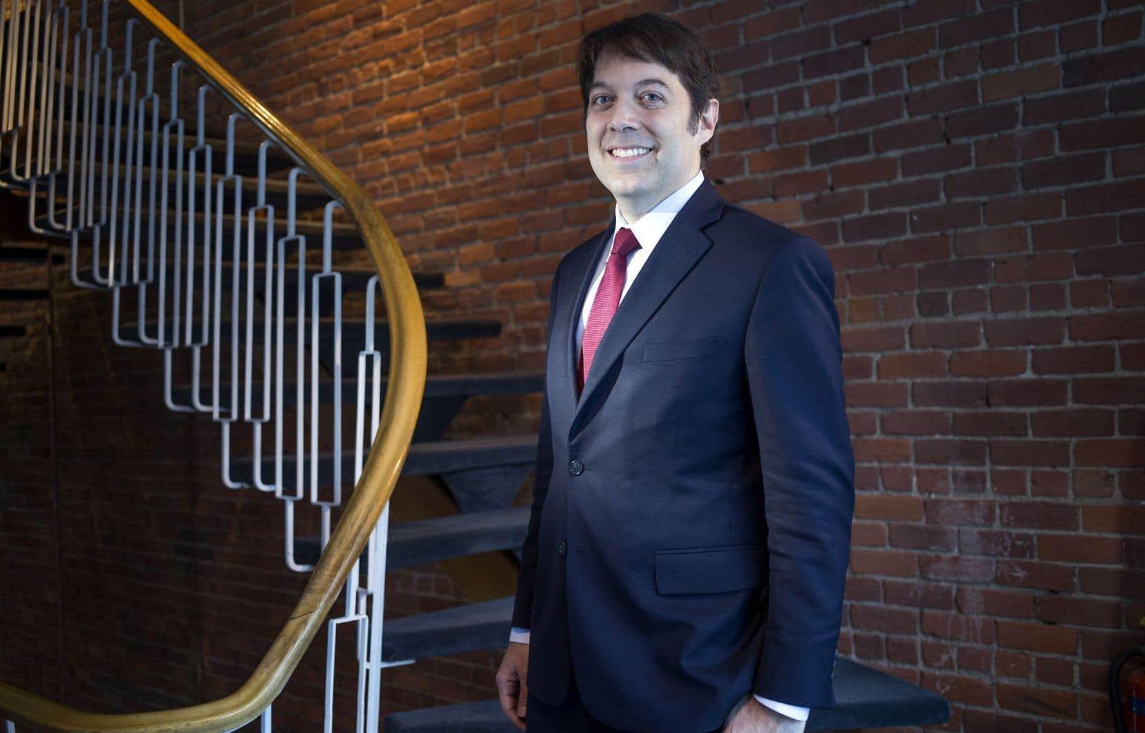 Selon le président de l'Acfas, Frédéric Bouchard, les chercheurs du Québec collaborent entre institutions francophones et anglophones beaucoup plus étroitement que dans les autres provinces.