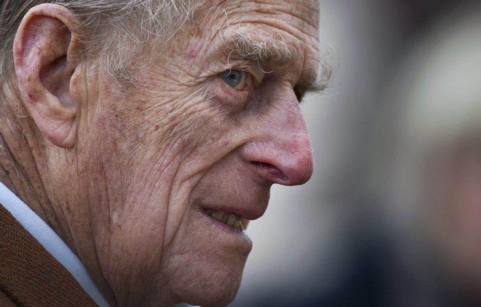 Le prince Philip seconde son épouse depuis son accession sur le trône en 1952, il y a plus de 65ans.