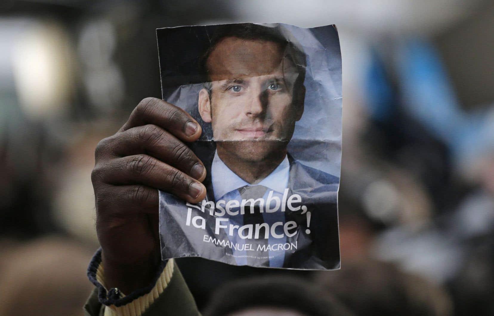 Plus de la moitié des Français ont dit ne pas vouloir que Macron ait une majorité absolue au parlement.