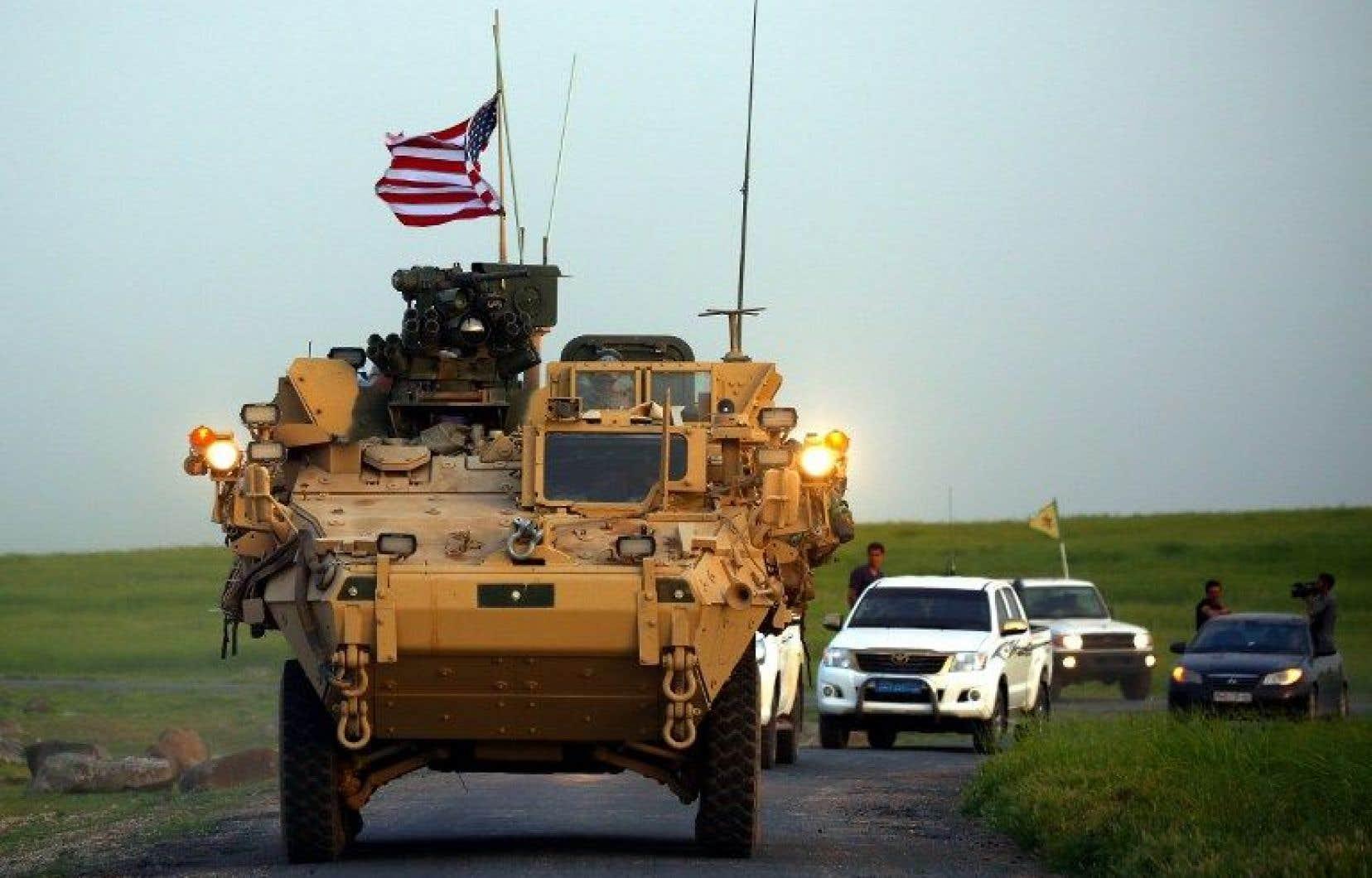 Les États-Unis ont envoyé des véhicules militaires en Syrie pour effectuer des patrouilles avec des membres des milices kurdes.