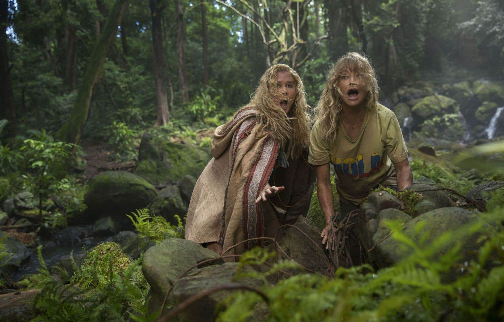 Amy Schumer et Goldie Hawn déploient des tonnes d'énergie dans «Larguées».