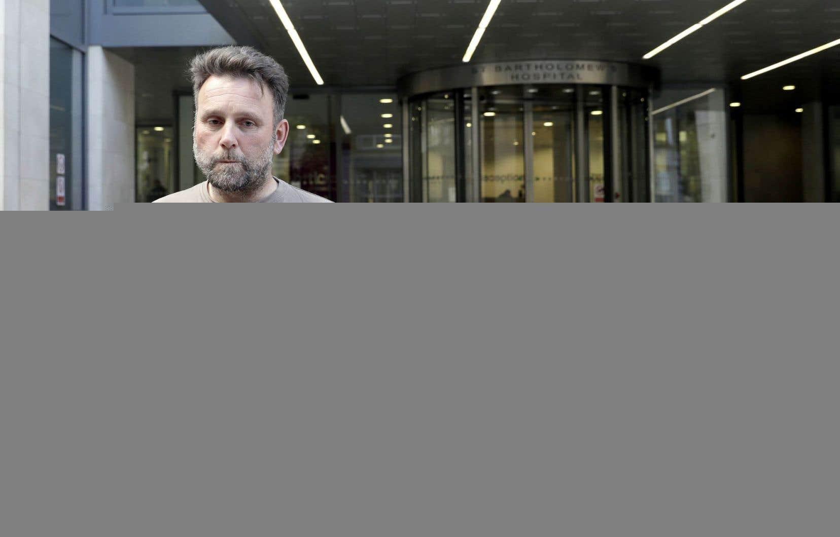La cyberattaque mondiale a touché vendredi l'hôpital britannique où Patrick Ward, directeur des ventes d'une compagnie de crème glacée de Dorset, devait subir une opération au cœur.